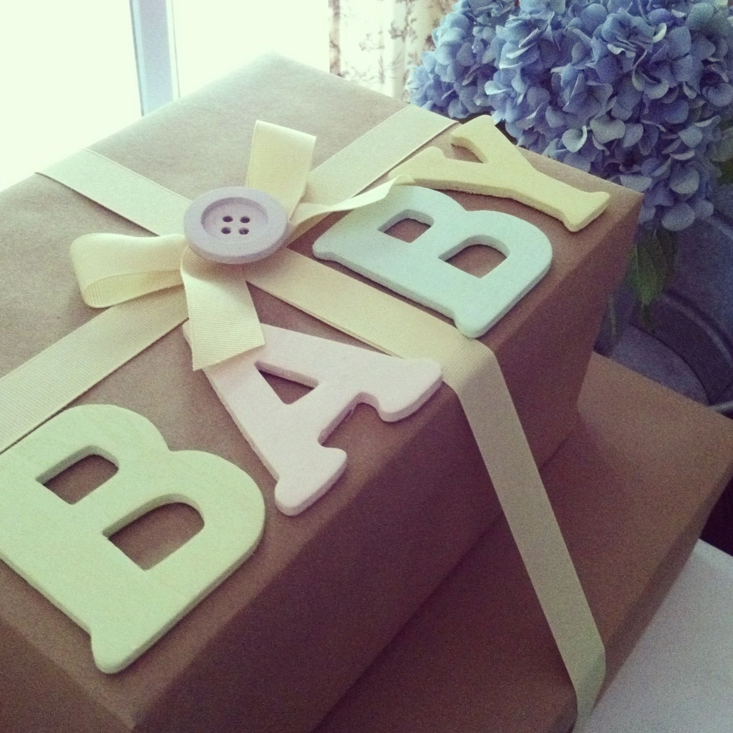 baby shower gift wrapping #brownpaper wrapping #baby #babyshower