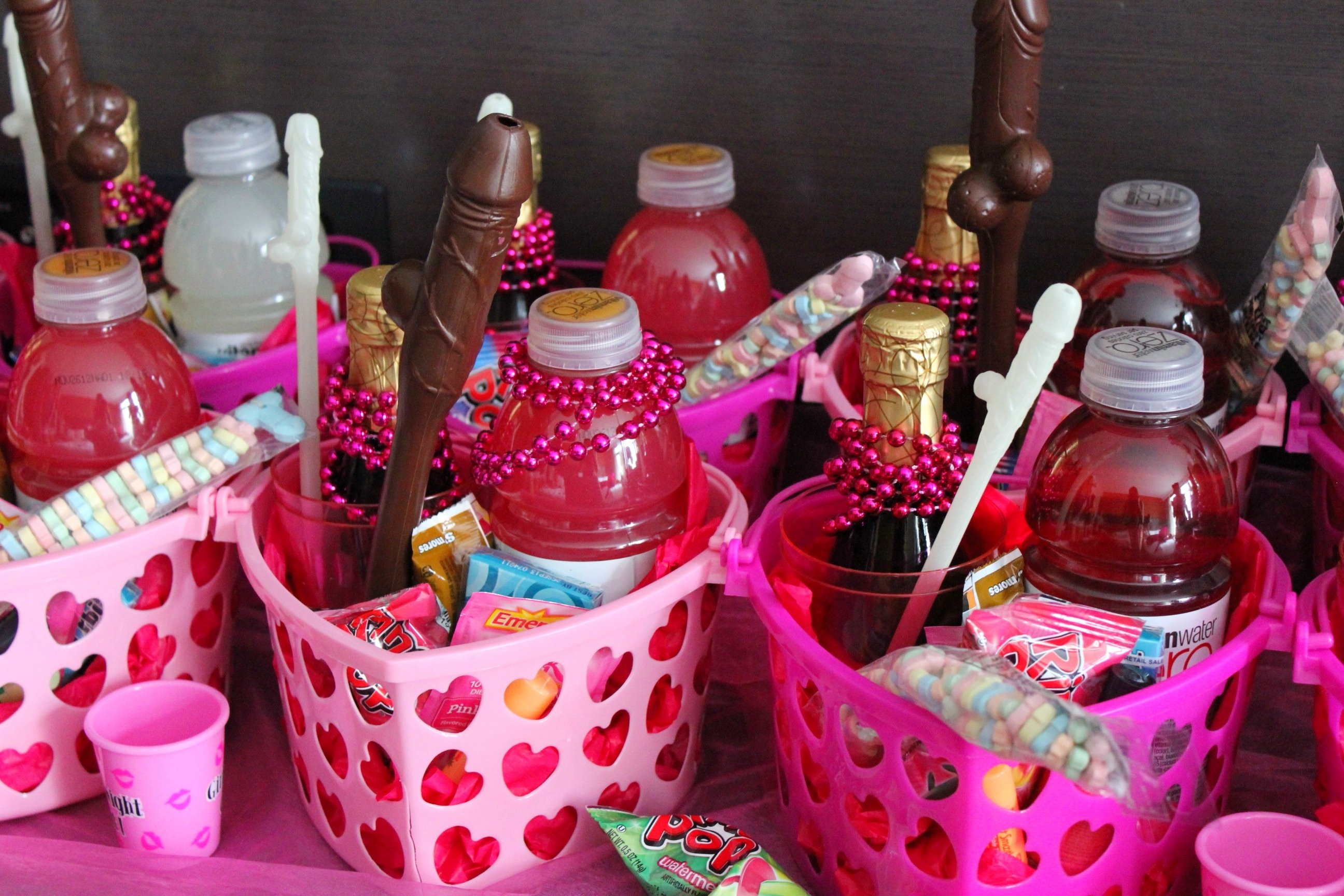 bachelorette party gift ideas for guests 10 best images about