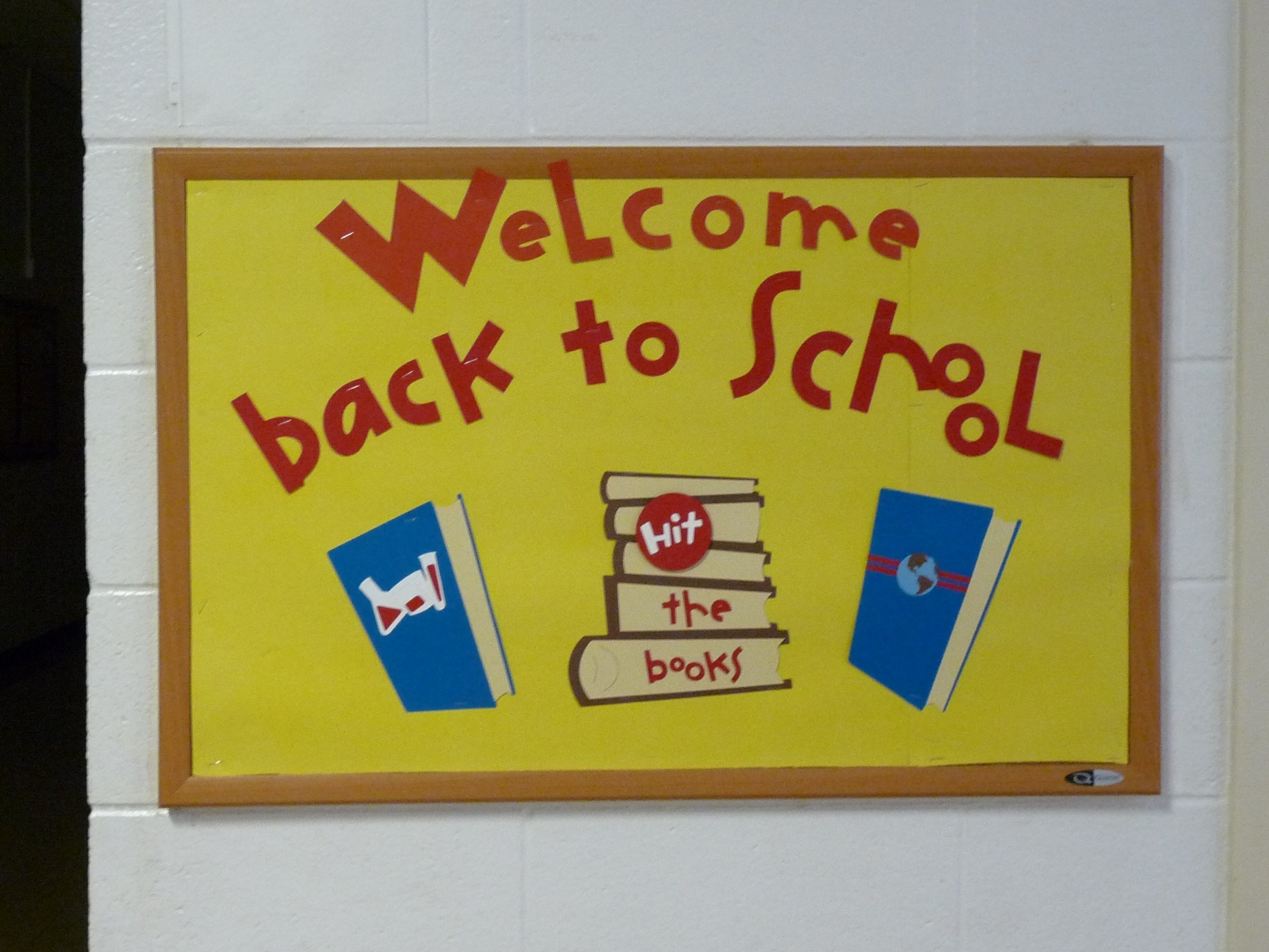 10 Stunning Welcome Back To School Bulletin Board Ideas back to school bulletin board 1 my little craft blog