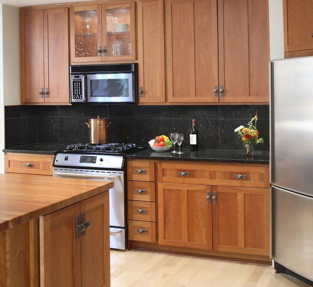 10 Gorgeous Backsplash Ideas For Black Granite Countertops backsplash ideas for black granite countertops and maple cabinets 2 2020