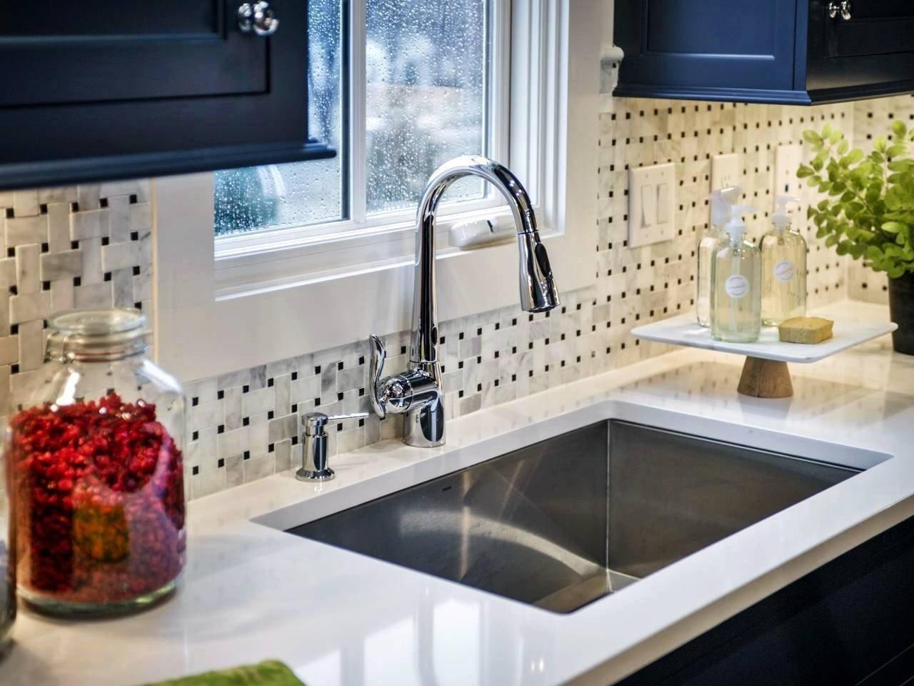 10 Fantastic Backsplash Ideas On A Budget backsplash ideas inexpensive home design 2021