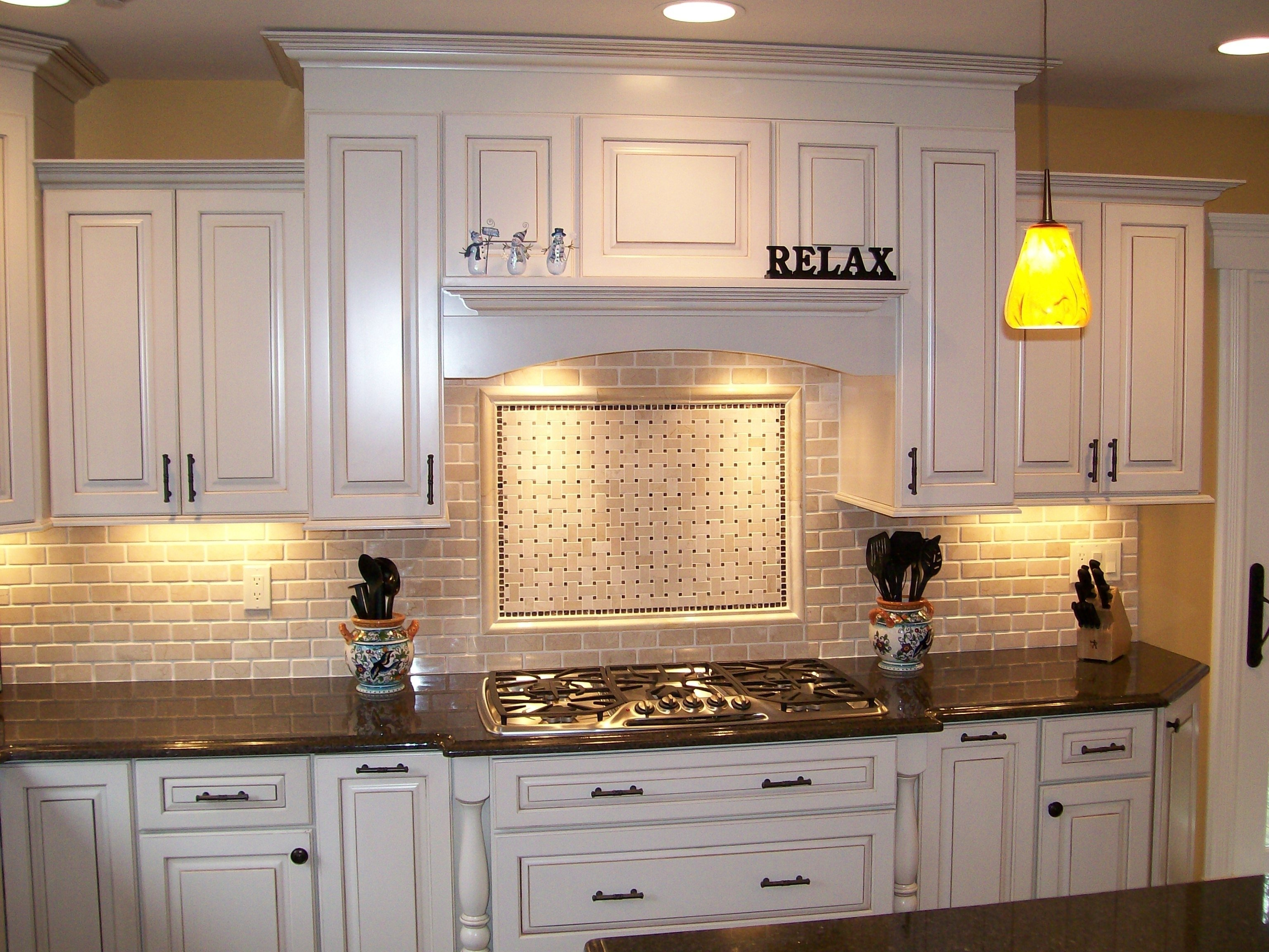 10 Unique Backsplash Ideas For White Cabinets backsplashes farmhouse backsplash ideas white cabinets brown with 2021