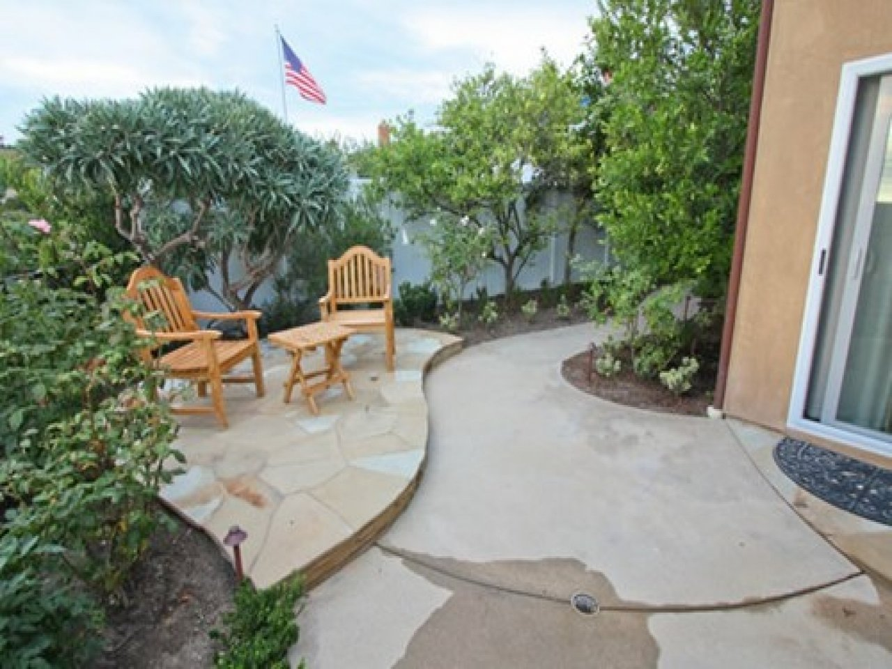 10 Best Concrete Patio Ideas For Small Backyards backyard concrete patio designs concrete patio ideas small