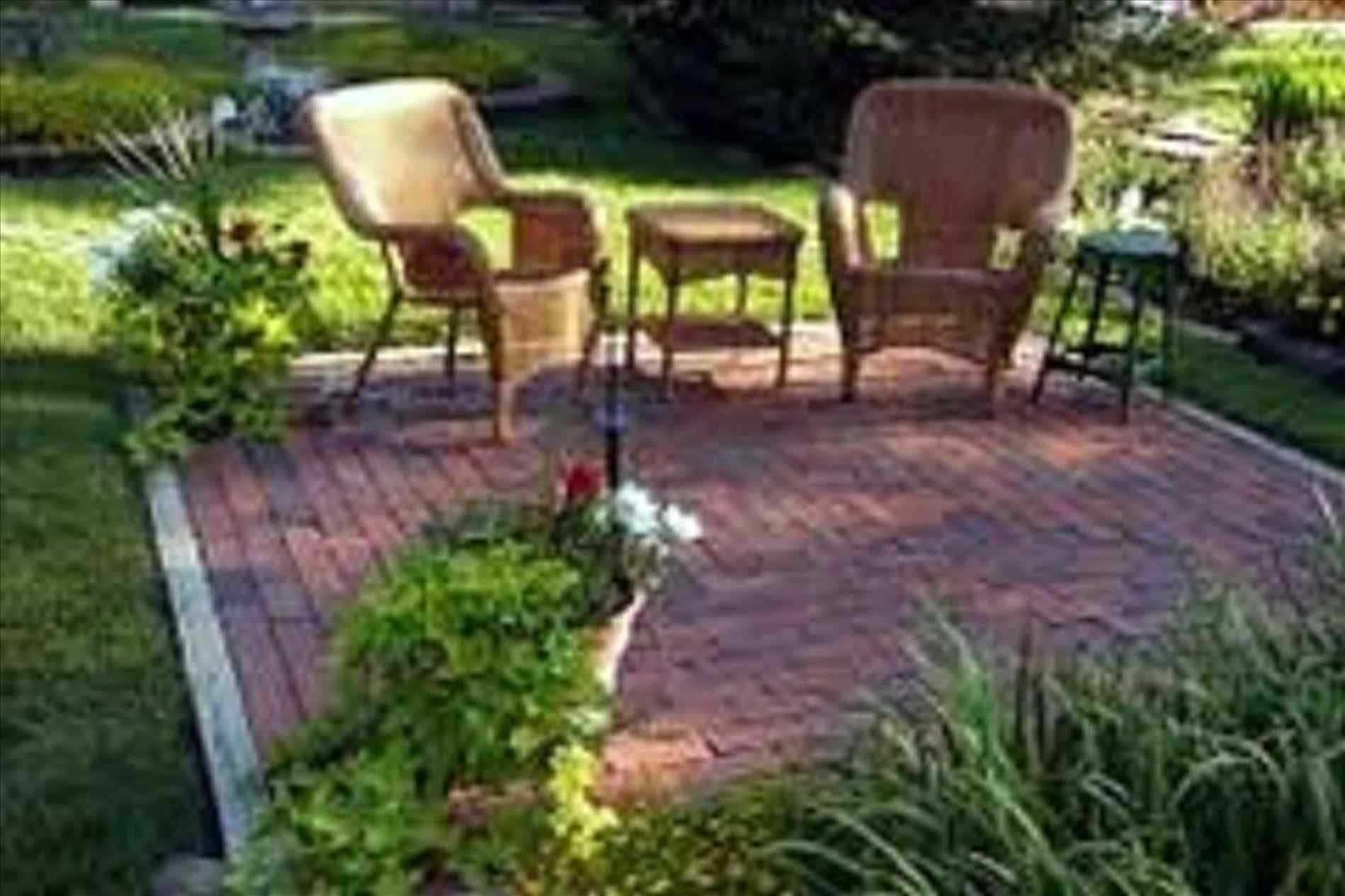 10 Ideal Backyard Decorating Ideas On A Budget backyard decorating ideas on a budget arch dsgn 2020