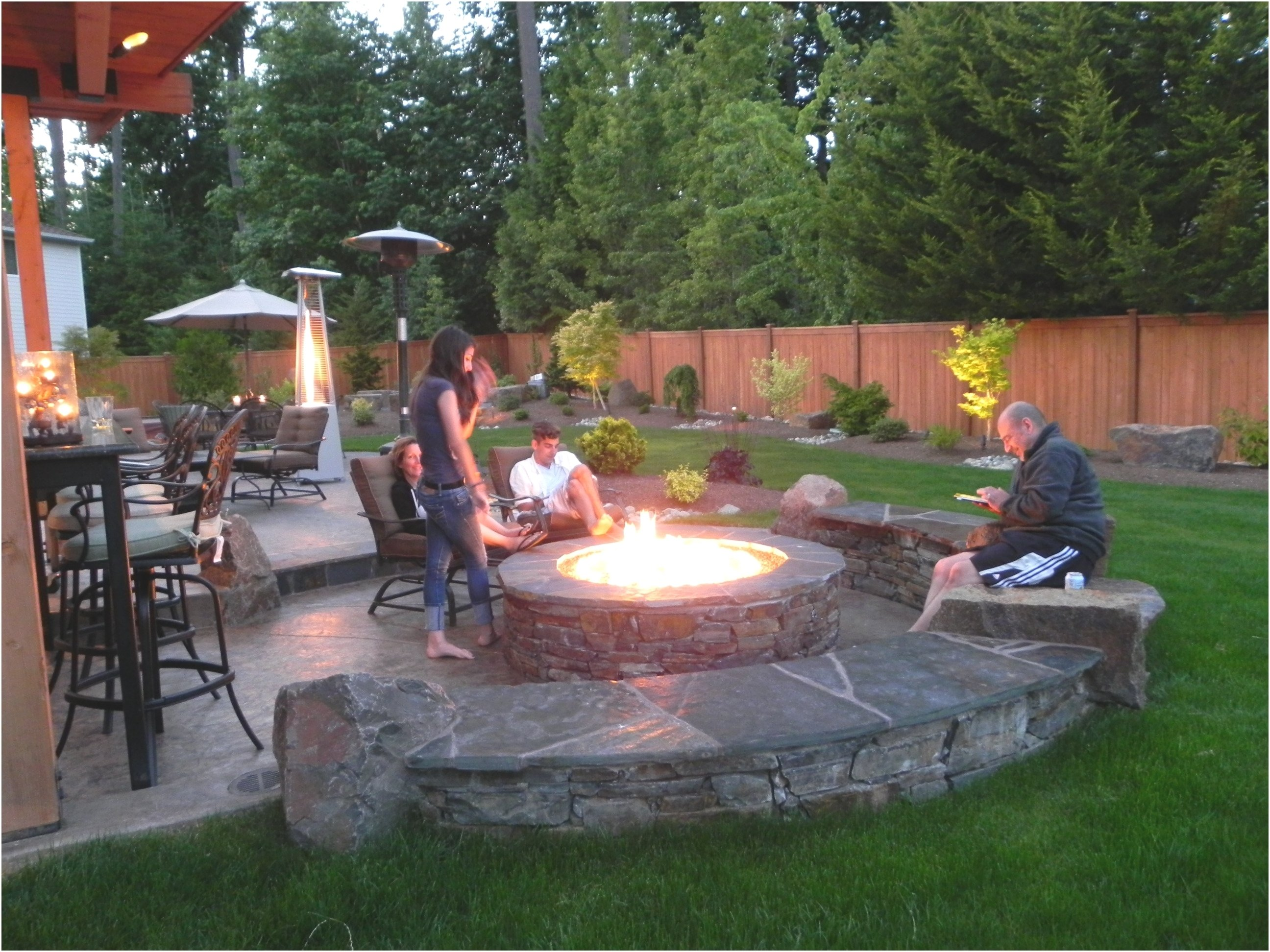 10 Great Outdoor Fire Pit Ideas Backyard backyard fire pit ideas best of best 25 backyard fire pits ideas on 2020