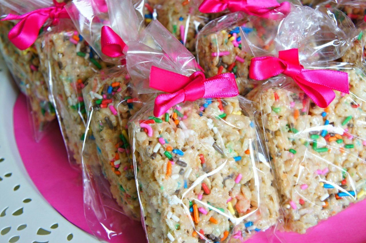 bake sale packaging ideas | cake batter rice krispie treats with