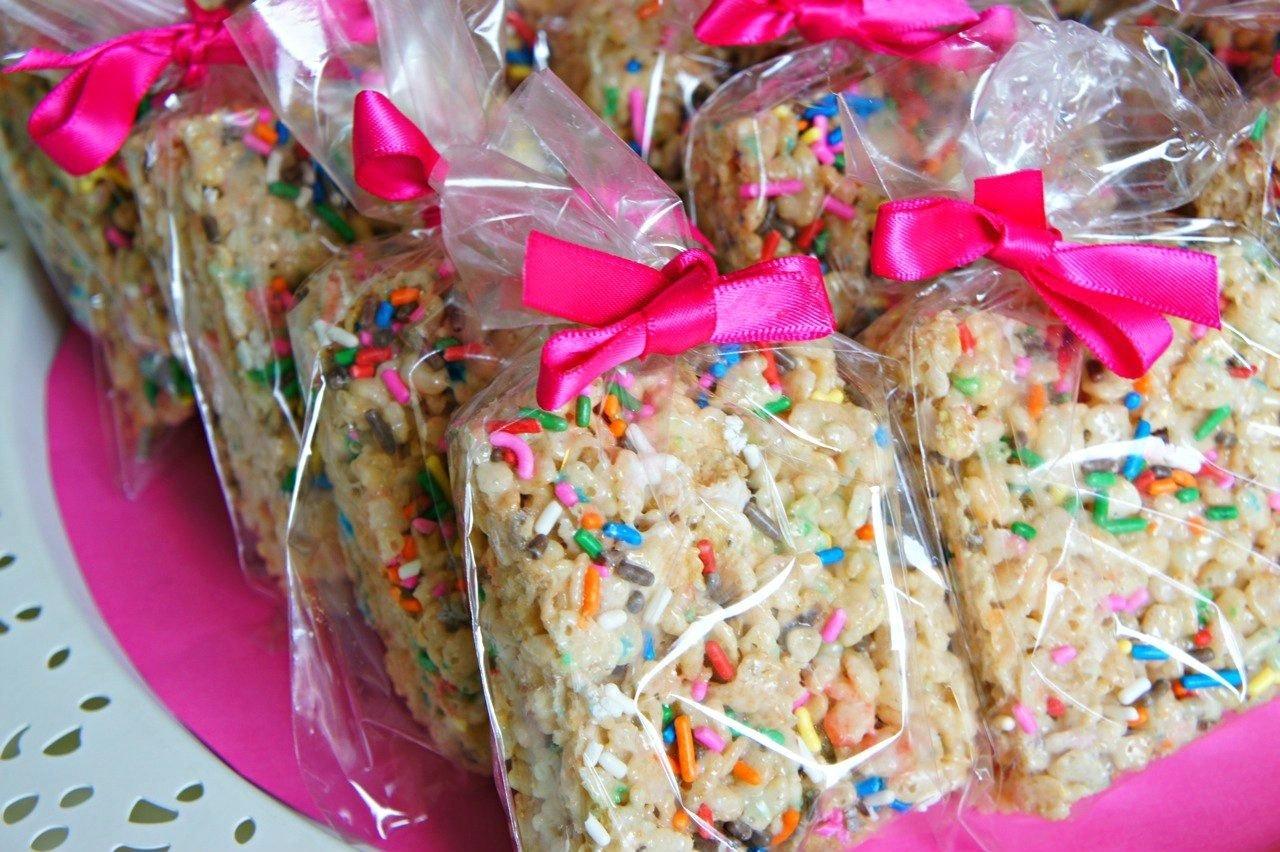 10 Stylish Breast Cancer Bake Sale Ideas bake sale packaging ideas cake batter rice krispie treats with 2 2021