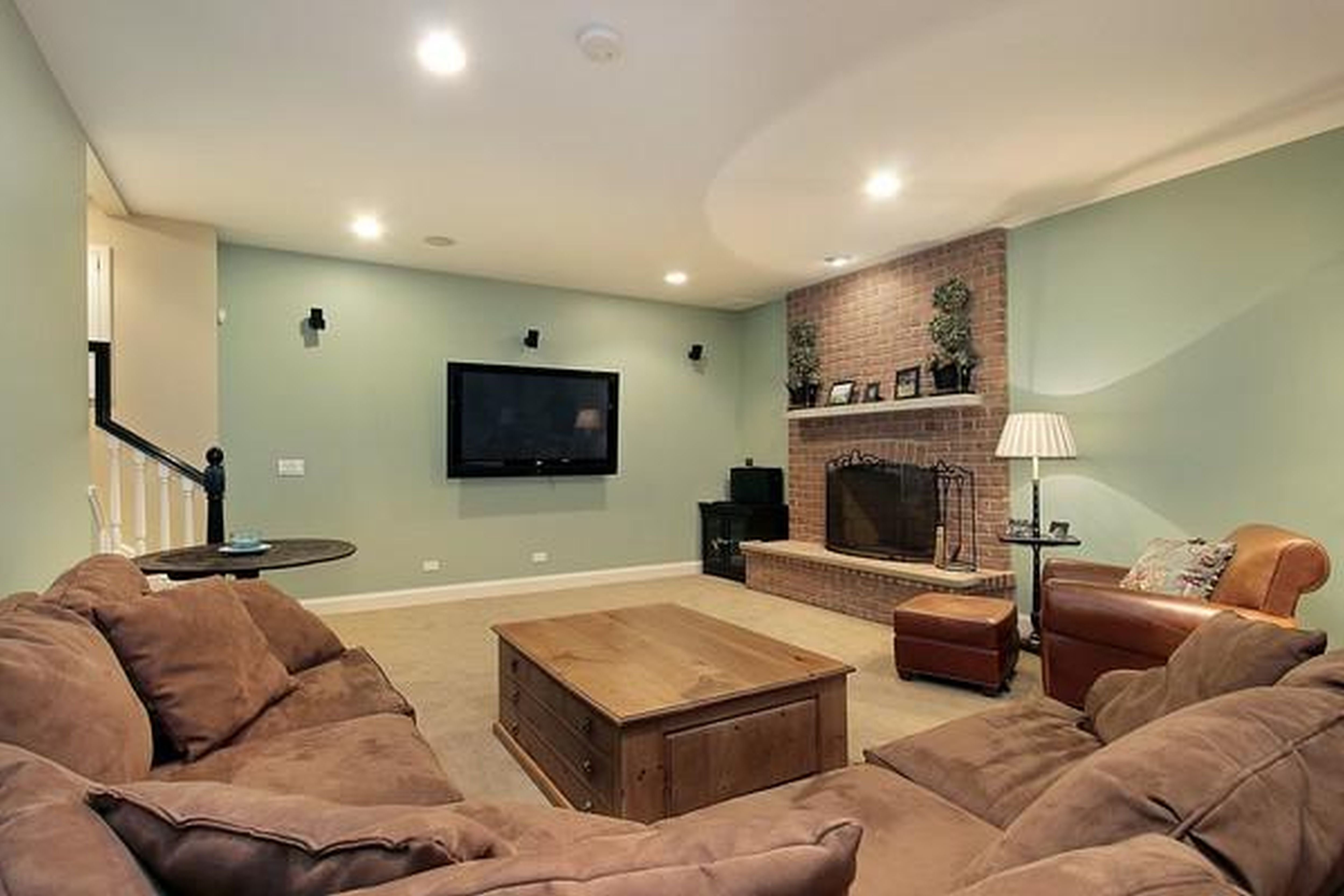 10 Nice Paint Color Ideas For Family Room basement family room paint colors new home design what is ideal 2020