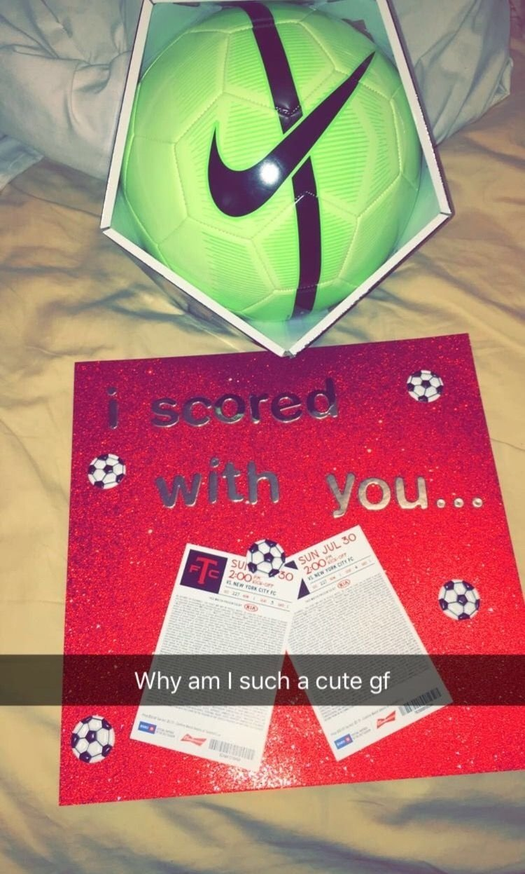 10 Lovely Creative Birthday Gift Ideas For Boyfriend basketball baes gifts pinterest soccer girlfriend boyfriend 4