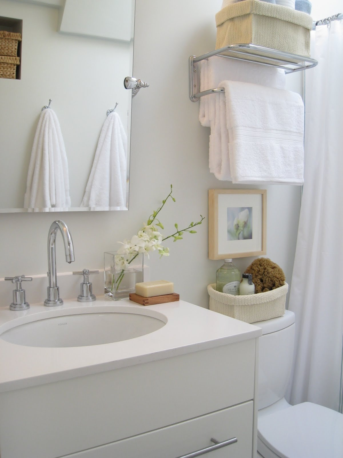 10 Trendy Bathroom Storage Ideas For Small Bathrooms