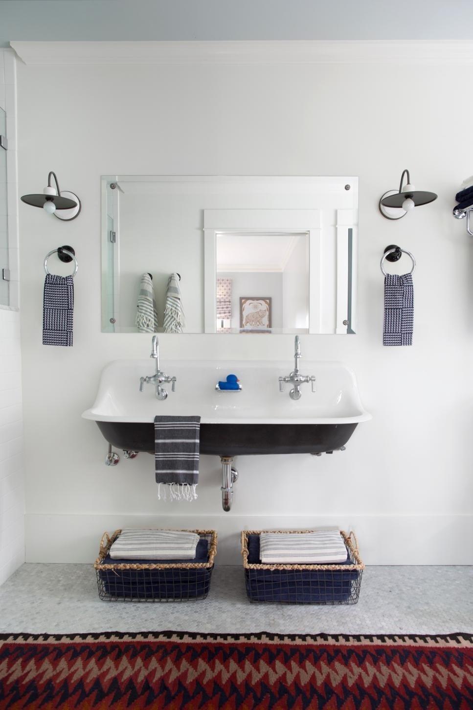 10 Cute Small Bathroom Ideas On A Budget