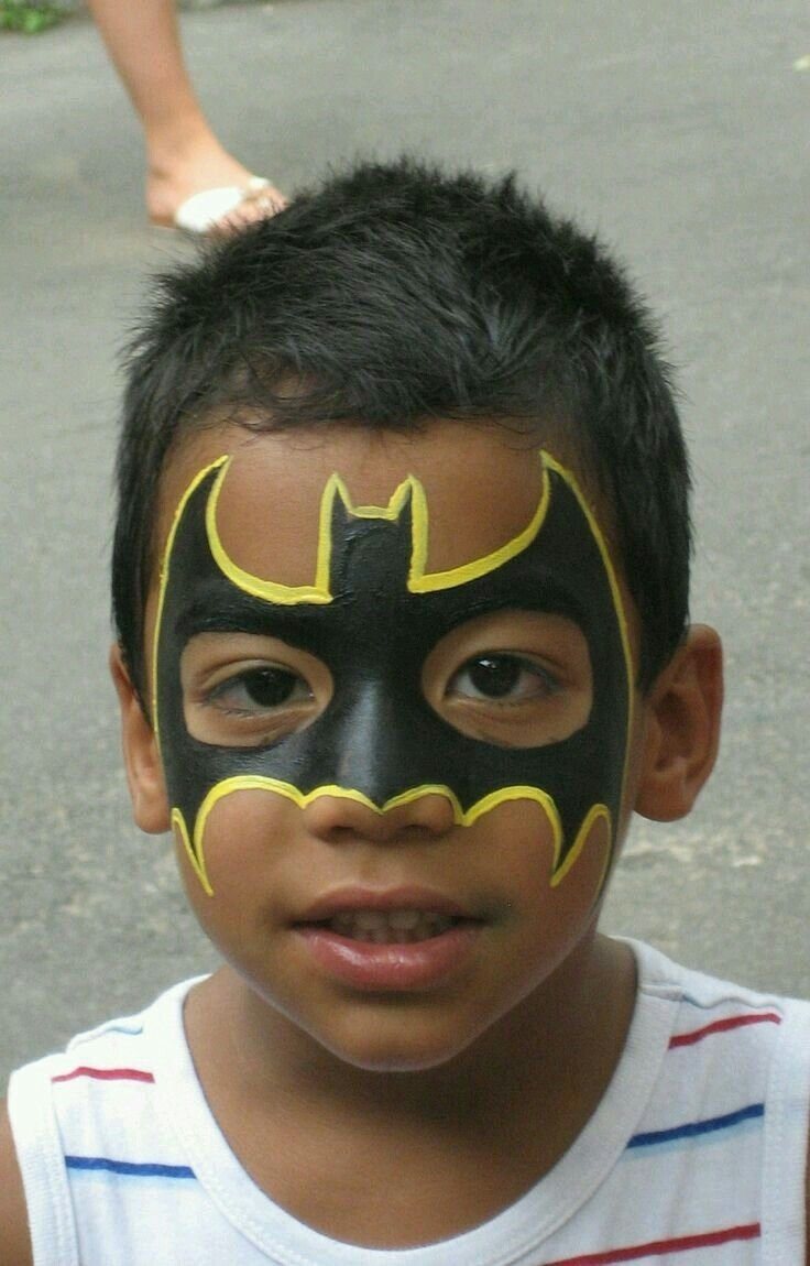 10 Fantastic Kids Halloween Face Painting Ideas batman yuz boyama yuz boyama pinterest children games and face