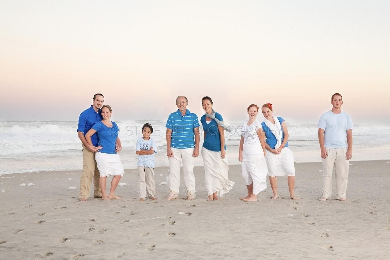 Beach family photo clothing ideas