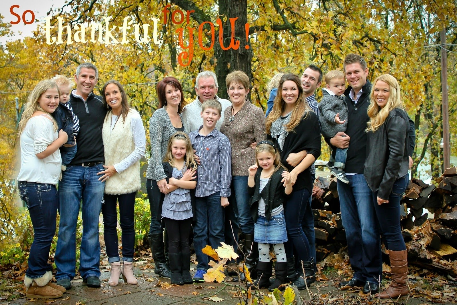 10 Stunning Fall Family Photo Outfit Ideas Beautiful Shoot Selection And