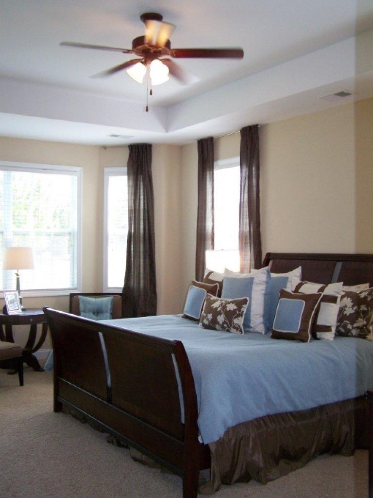 10 Elegant Blue And Brown Bedroom Ideas bedroom decorating ideas blue and brown blue master bedroom 2020