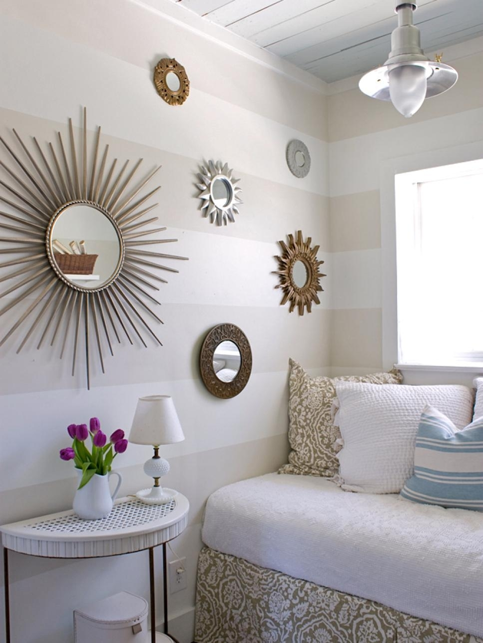 10 Pretty Room Decor Ideas For Small Rooms %name 2020
