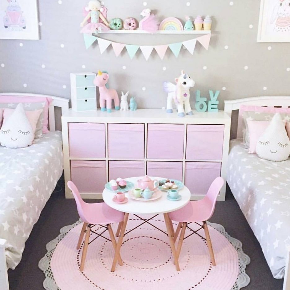 10 Fashionable Ideas For Little Girls Bedroom bedroom ideas to decorate little girls bedroom for diy headboard 2021