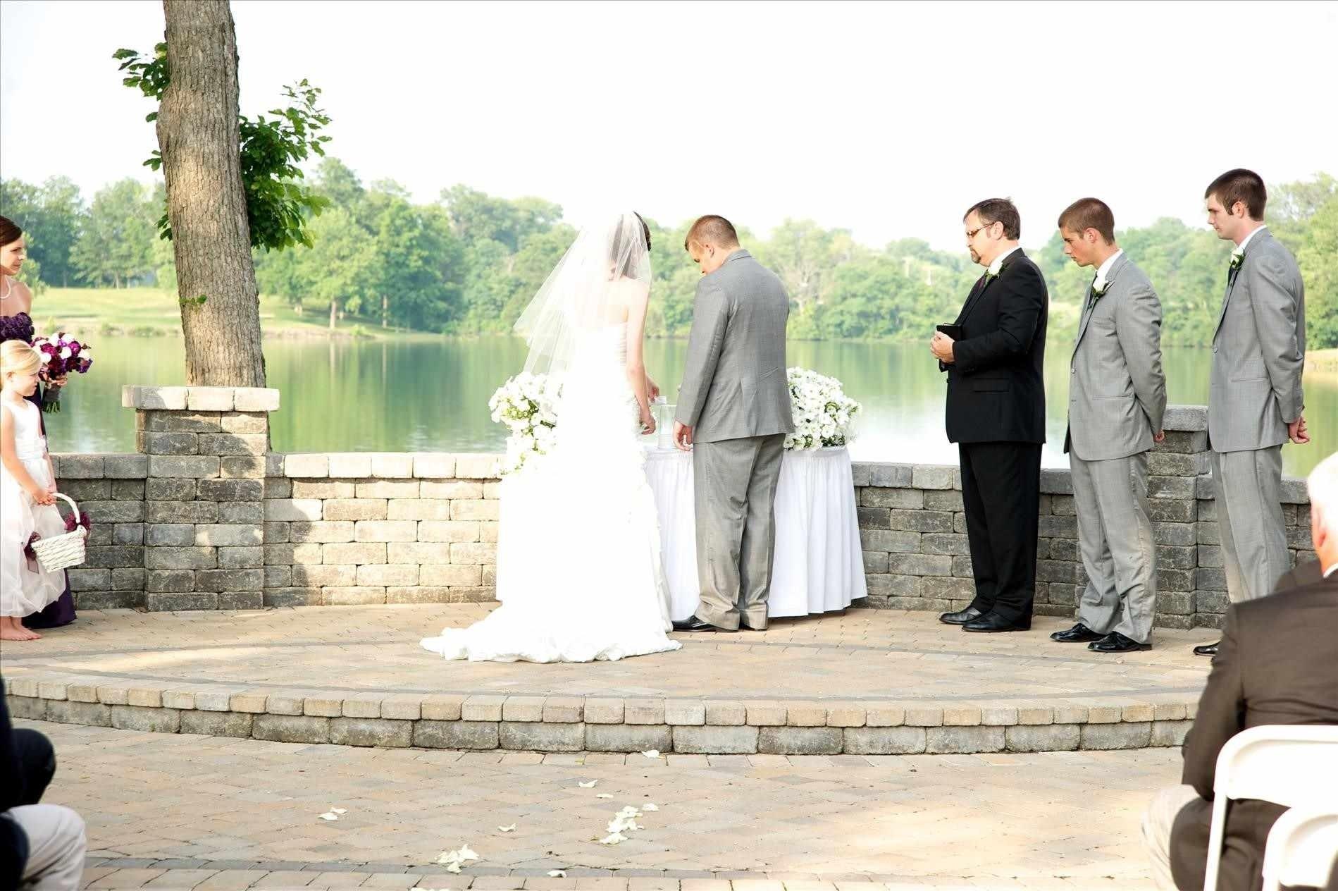 10 Stylish Wedding Ceremony Ideas Instead Of Unity Candle belt ways to celebrate your blended family practical ways wedding 2021