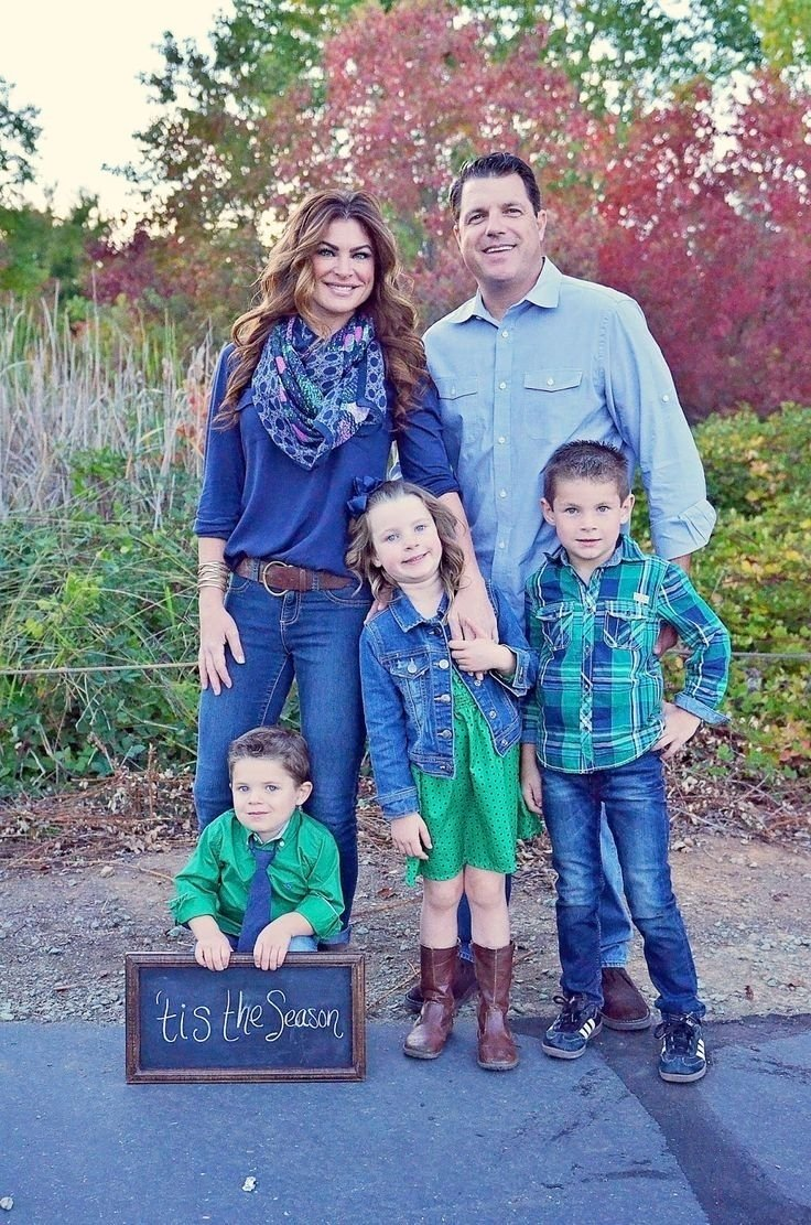 10 Most Popular Family Christmas Picture Outfit Ideas best 25 family picture outfits ideas on pinterest family photo 3