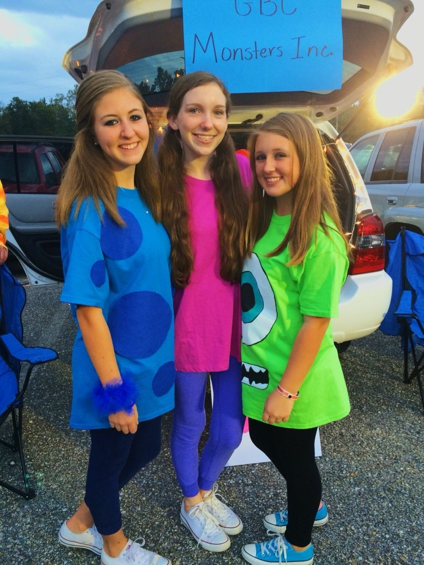10 Spectacular Halloween Costume Ideas For 3 best friends costume happy fall yall pinterest deguisements 2020