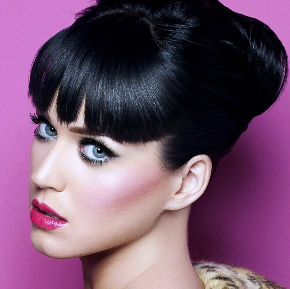 10 Fashionable Hair Color Ideas For Brunettes With Blue Eyes best hair color for blue eyes red hair brunette fair skin blue 2020