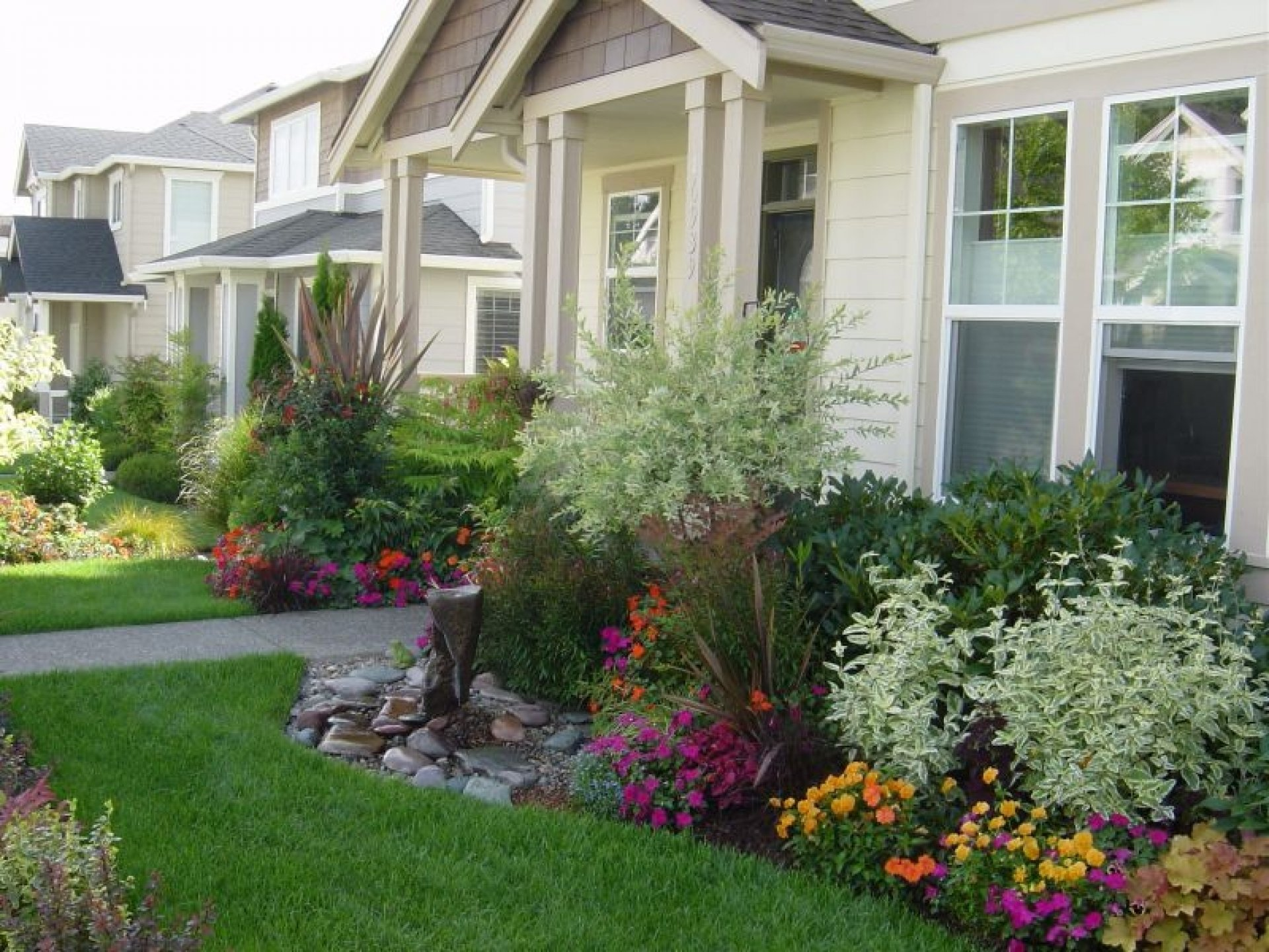 10 Great Landscaping Ideas For Front Of House best landscaping ideas for front house design ideas and decor 2020