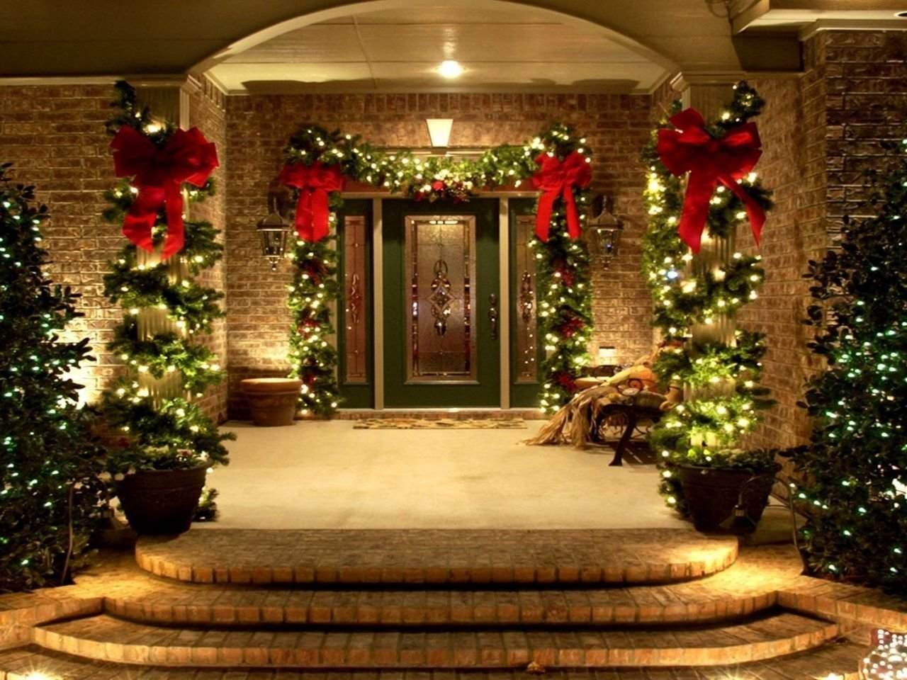 Captivating 10 Unique Outdoor Christmas Decorating Ideas Pictures Best Outdoor  Christmas Decorations Ideas For Night Pic Diy