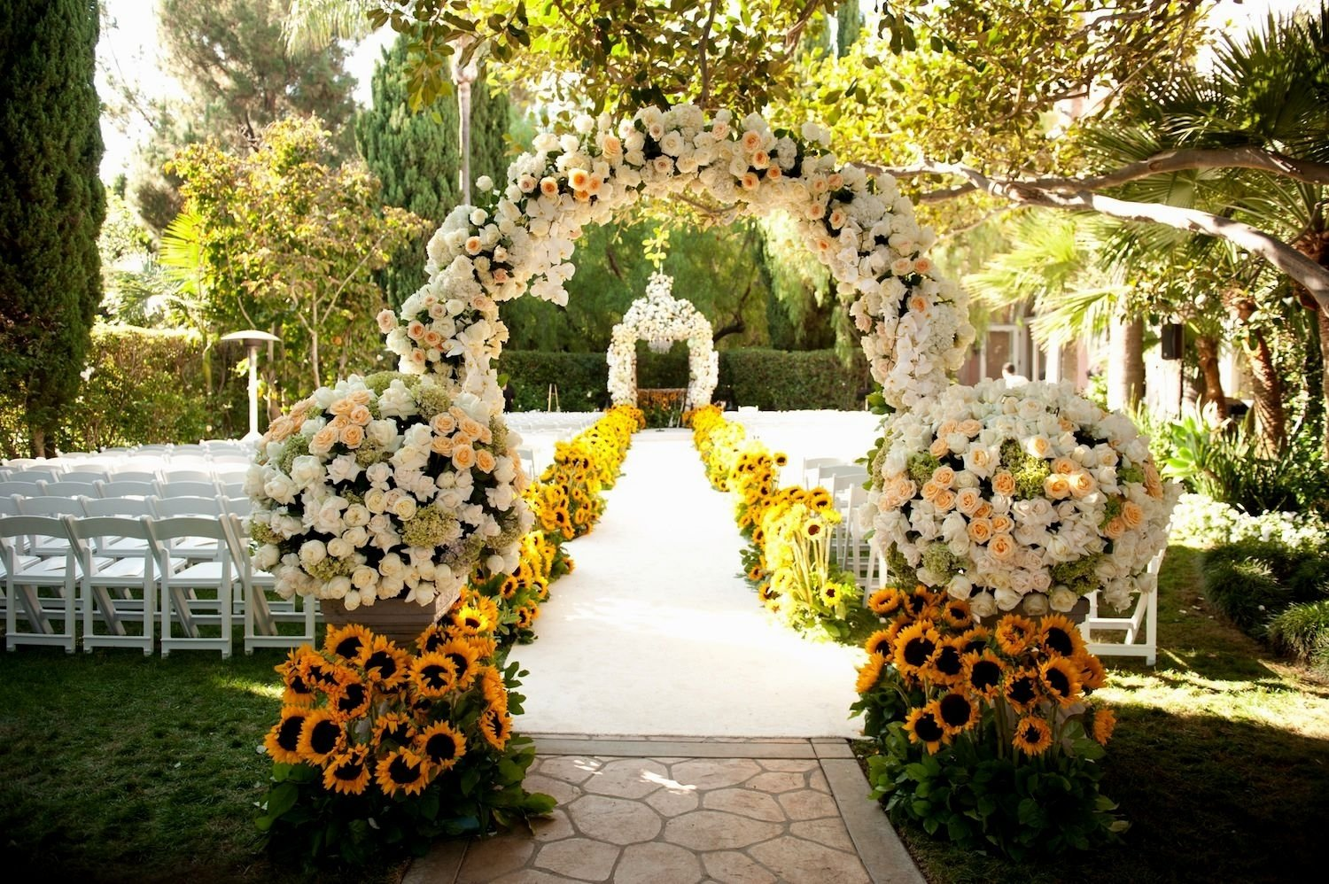 10 Elegant Outdoor Wedding Ideas For Summer best outside wedding decorations with outdoor wedding decoration