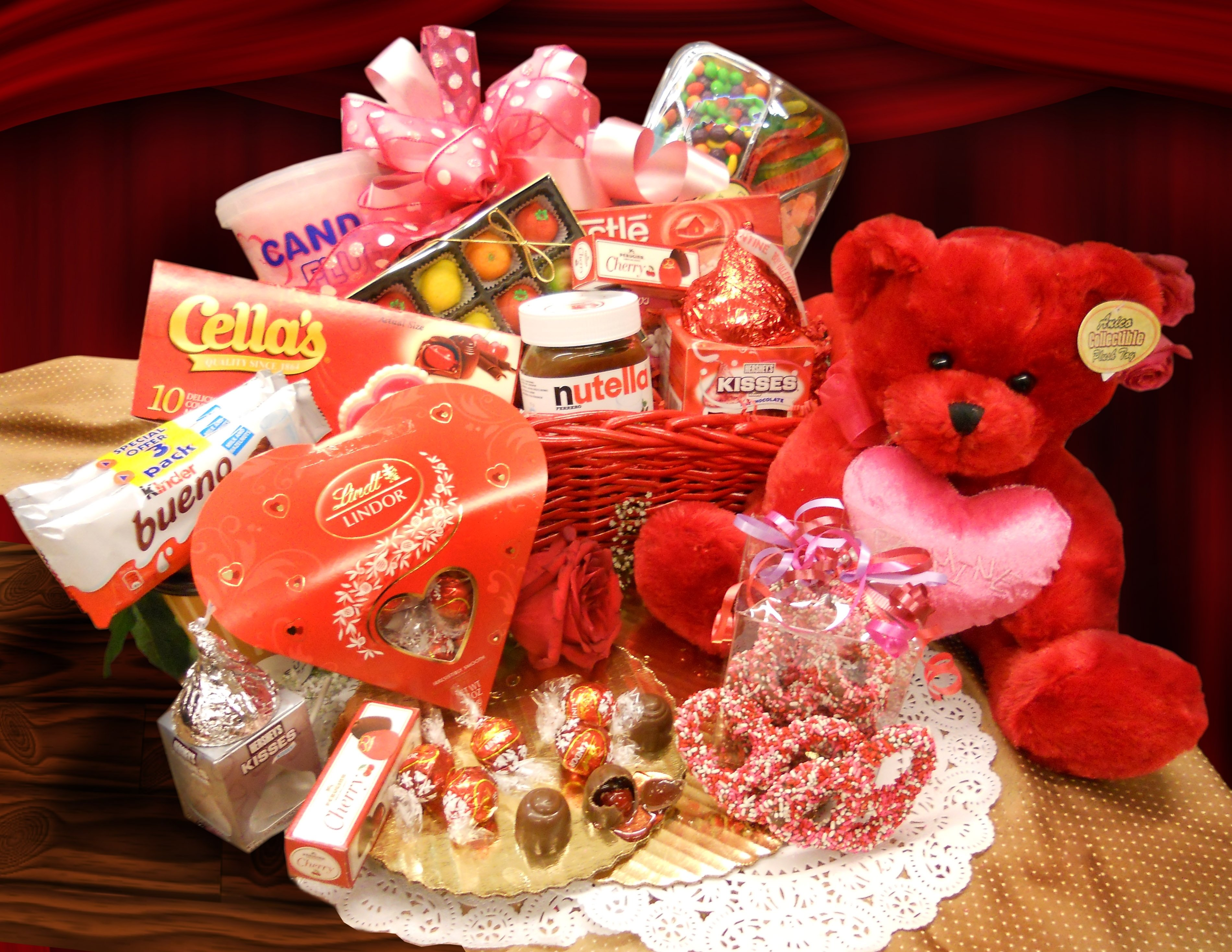 10 Ideal Valentines Day Ideas For Her best valentines day gifts startupcorner co 2020