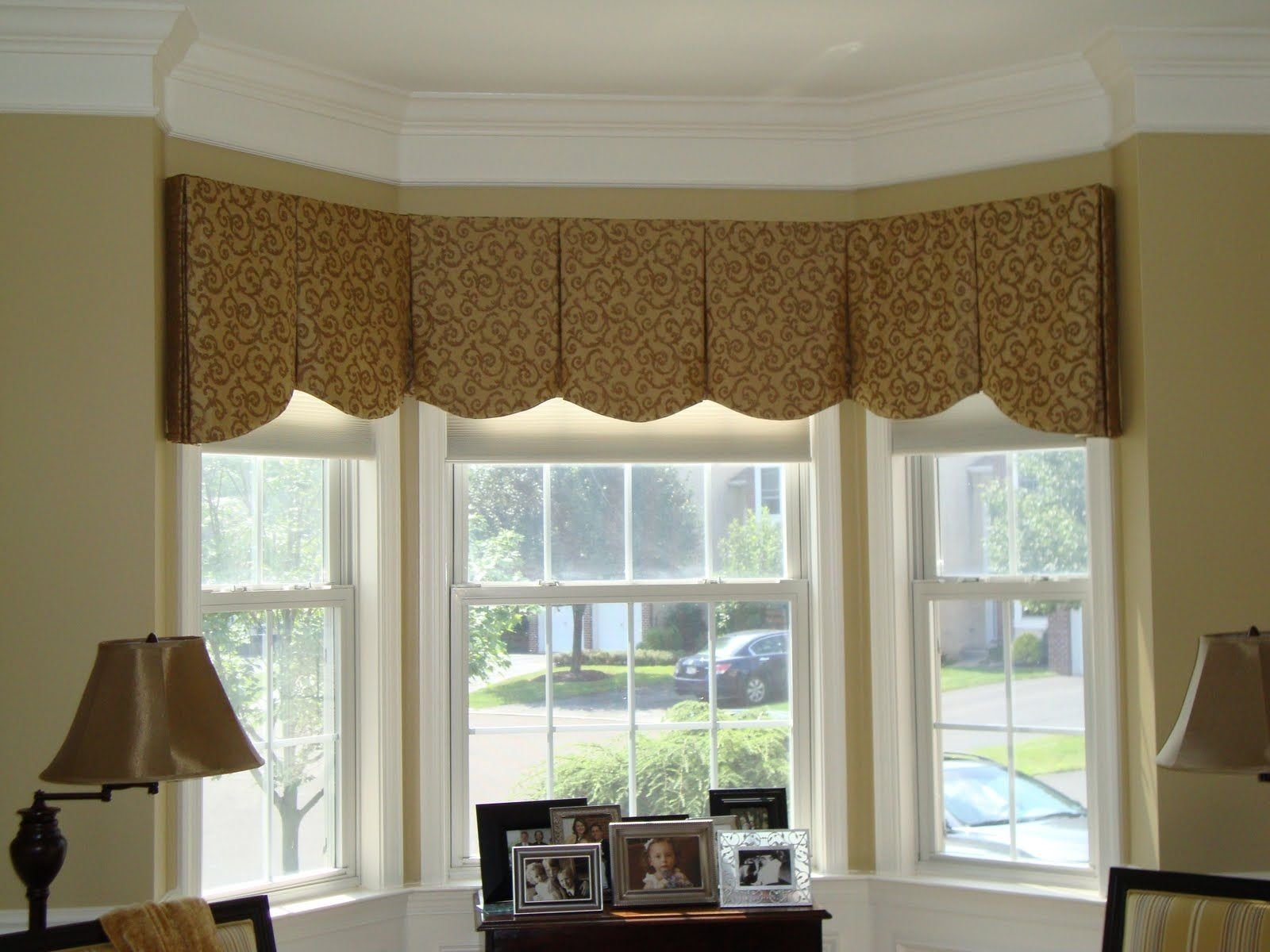 10 Wonderful Bay Window Treatment Ideas Pictures best window treatment ideas fashion designs and more pic for 1 2020