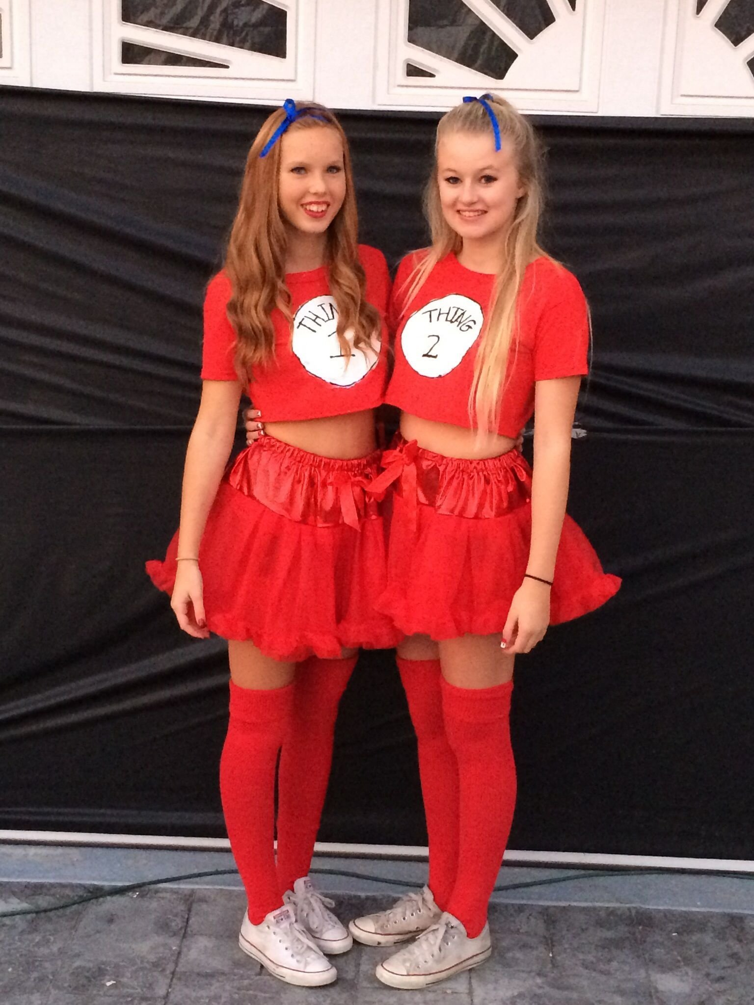 10 Cute Costume Ideas For 2 Girls bet friend halloween costumes halloween pinterest friend 2 2020