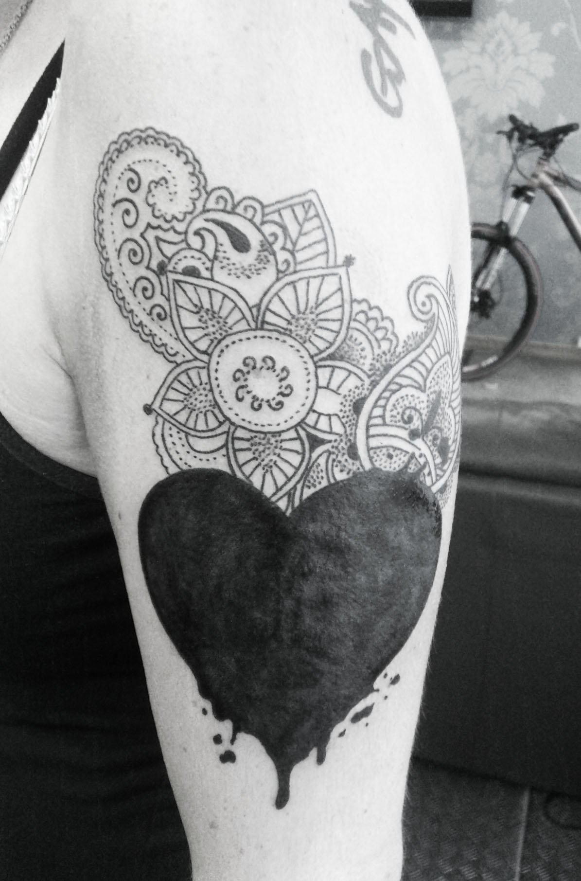 10 Stylish Heart Tattoo Cover Up Ideas black heart cover up google search skin art pinterest black 2020