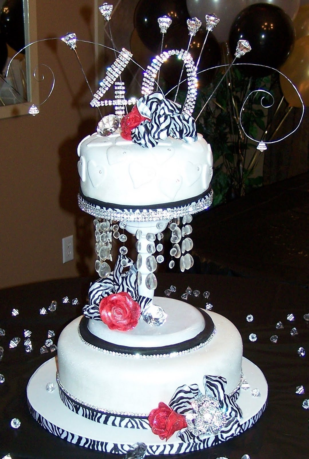 10 Lovely Ideas For 40Th Birthday Party Female Bling Cake Designs Pin 40th