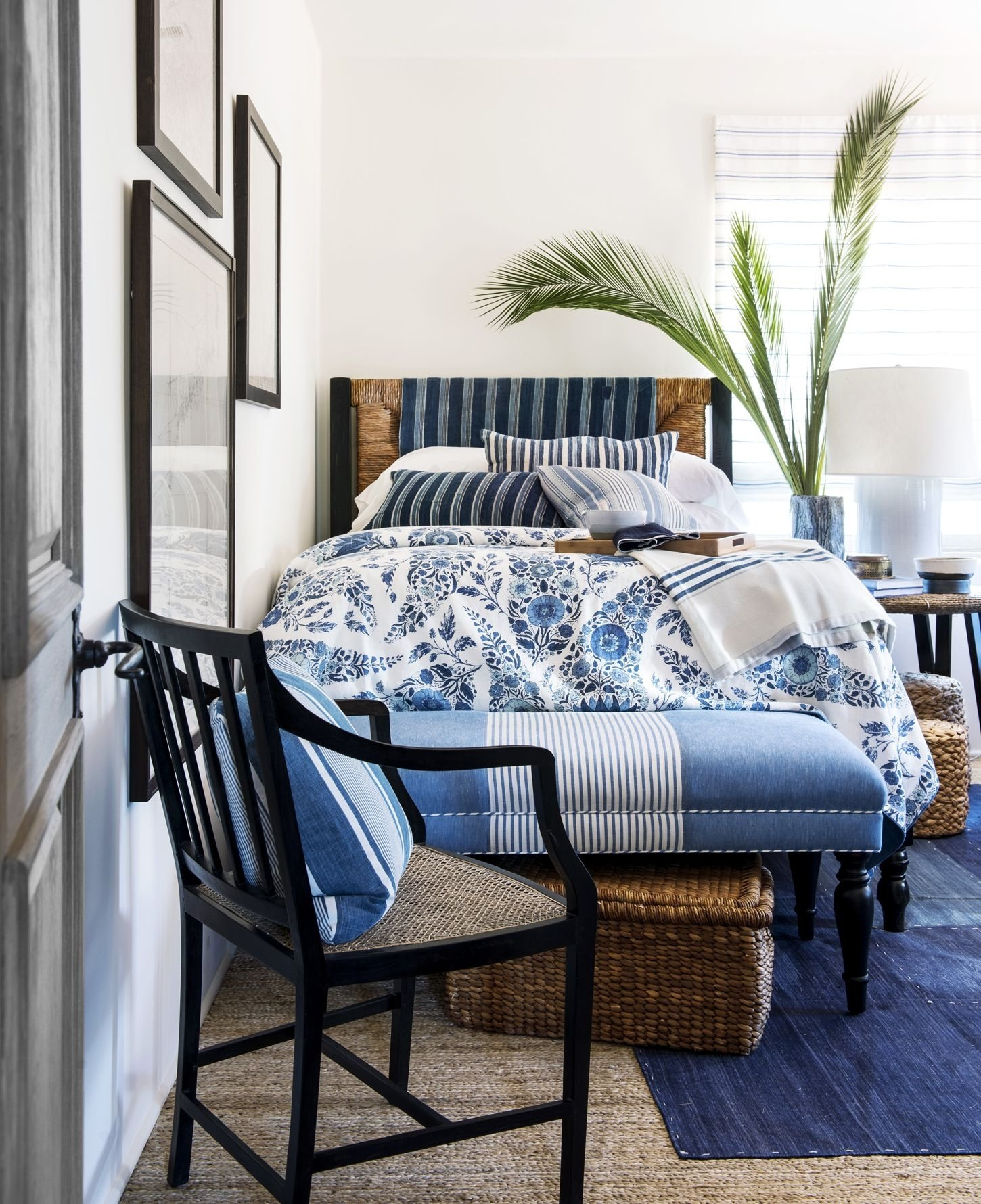 blue and white bedroom designs | mediajoongdok