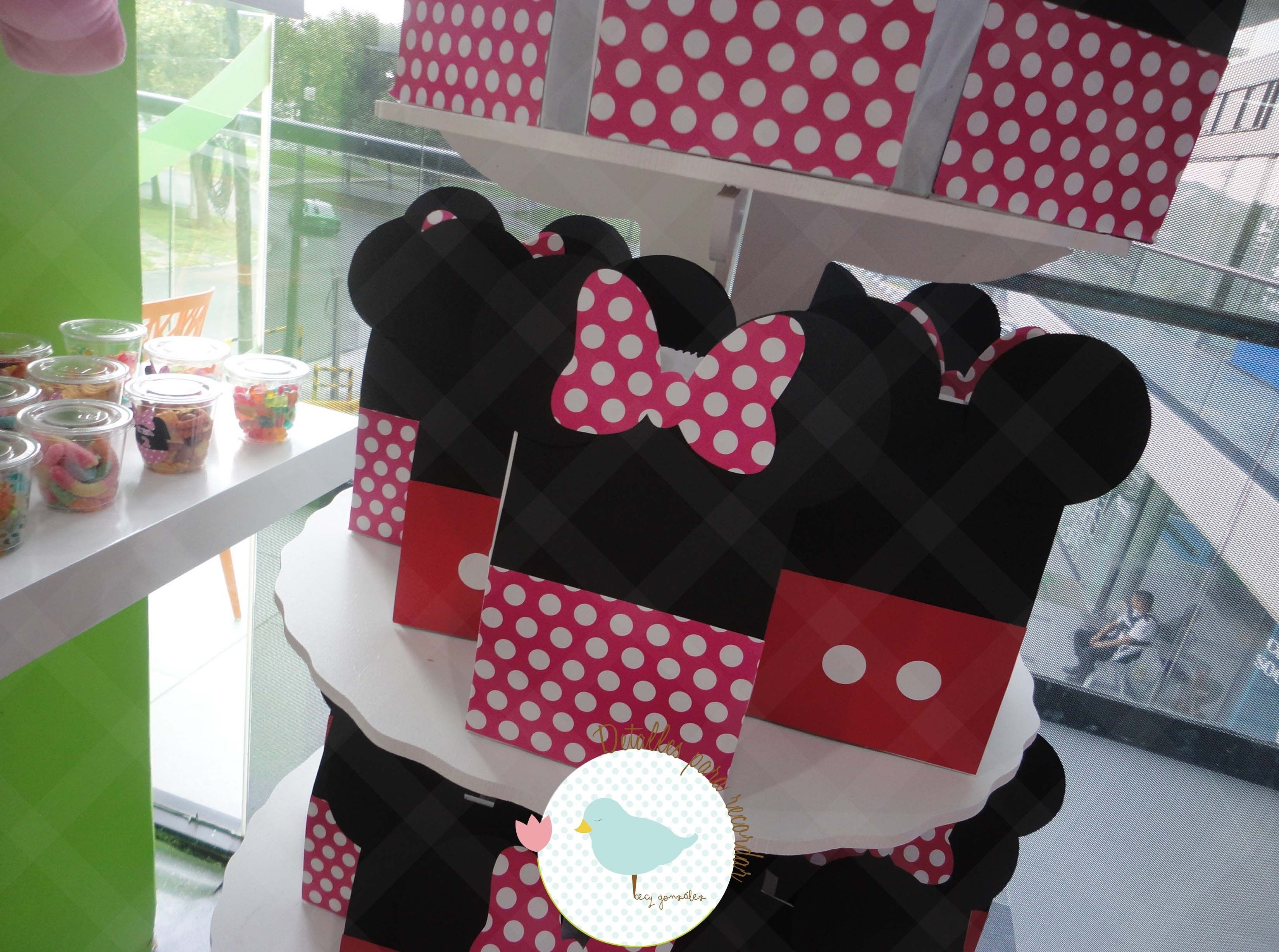 10 Beautiful Minnie Mouse Candy Bags Ideas bolsitas para dulces minnie mouse mickey mouse candy bags ideas