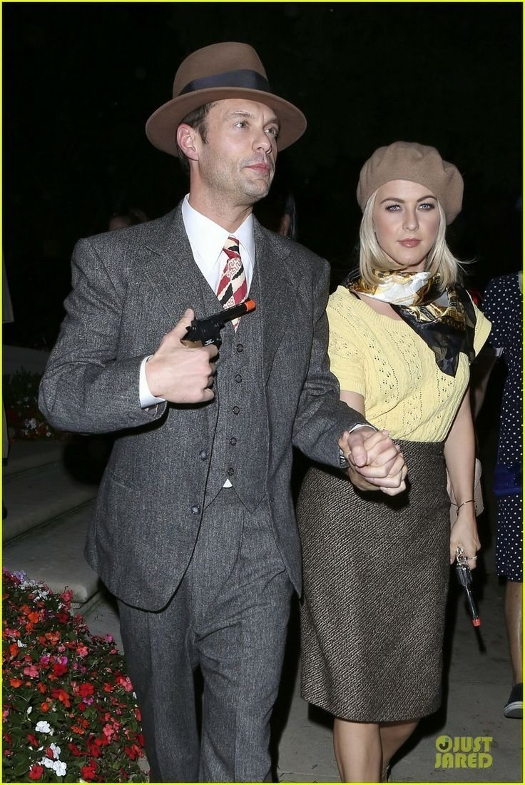 10 Most Recommended Bonnie And Clyde Costume Ideas bonnie clydecute hallowen costume couples costumes 1 2020