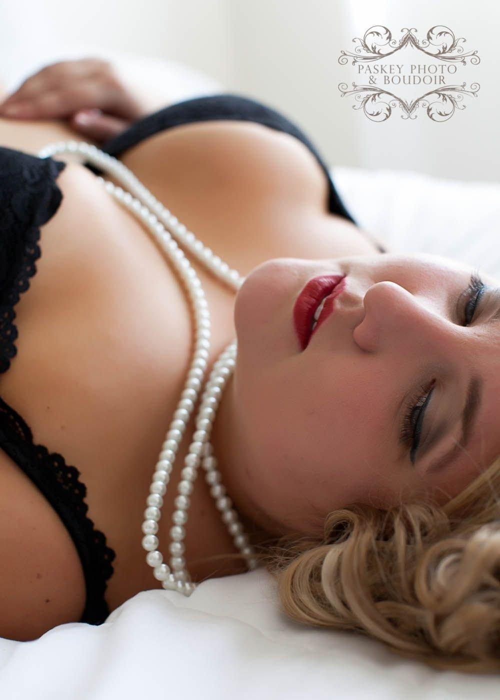 10 Unique Boudoir Photo Ideas For Plus Size boudoir ideas for plus size archives paskey photo and boudoir 1 2020