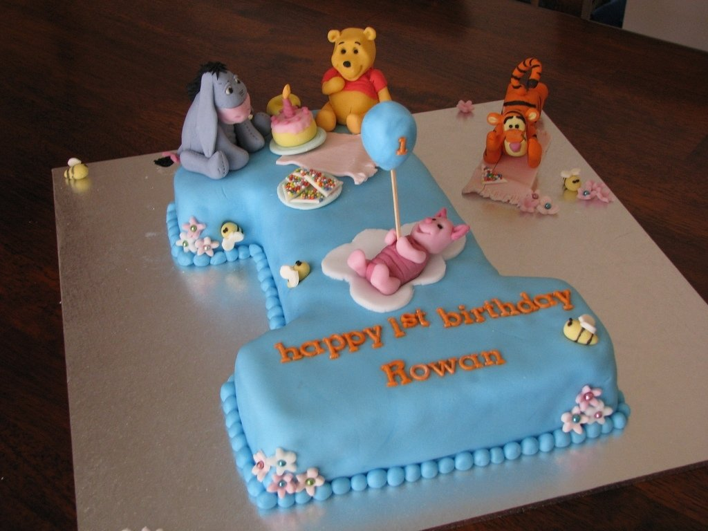 10 Cute Baby Boy First Birthday Cake Ideas boys first birthday cakebest birthday cakesbest birthday cakes