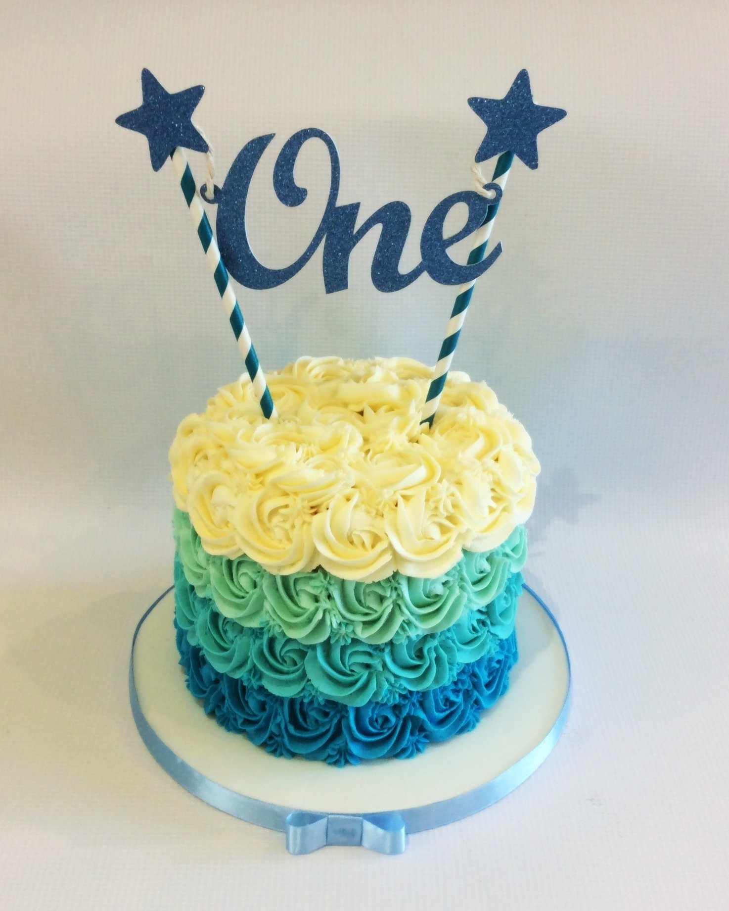 10 Cute Baby Boy First Birthday Cake Ideas boys first birthday smash cake cakes for landrys first 1
