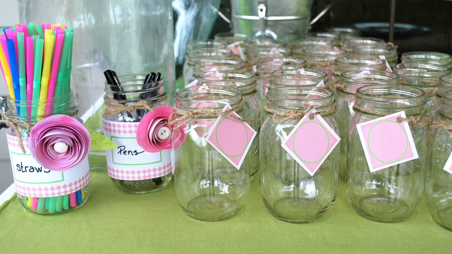 10 Fashionable Mason Jar Baby Shower Ideas