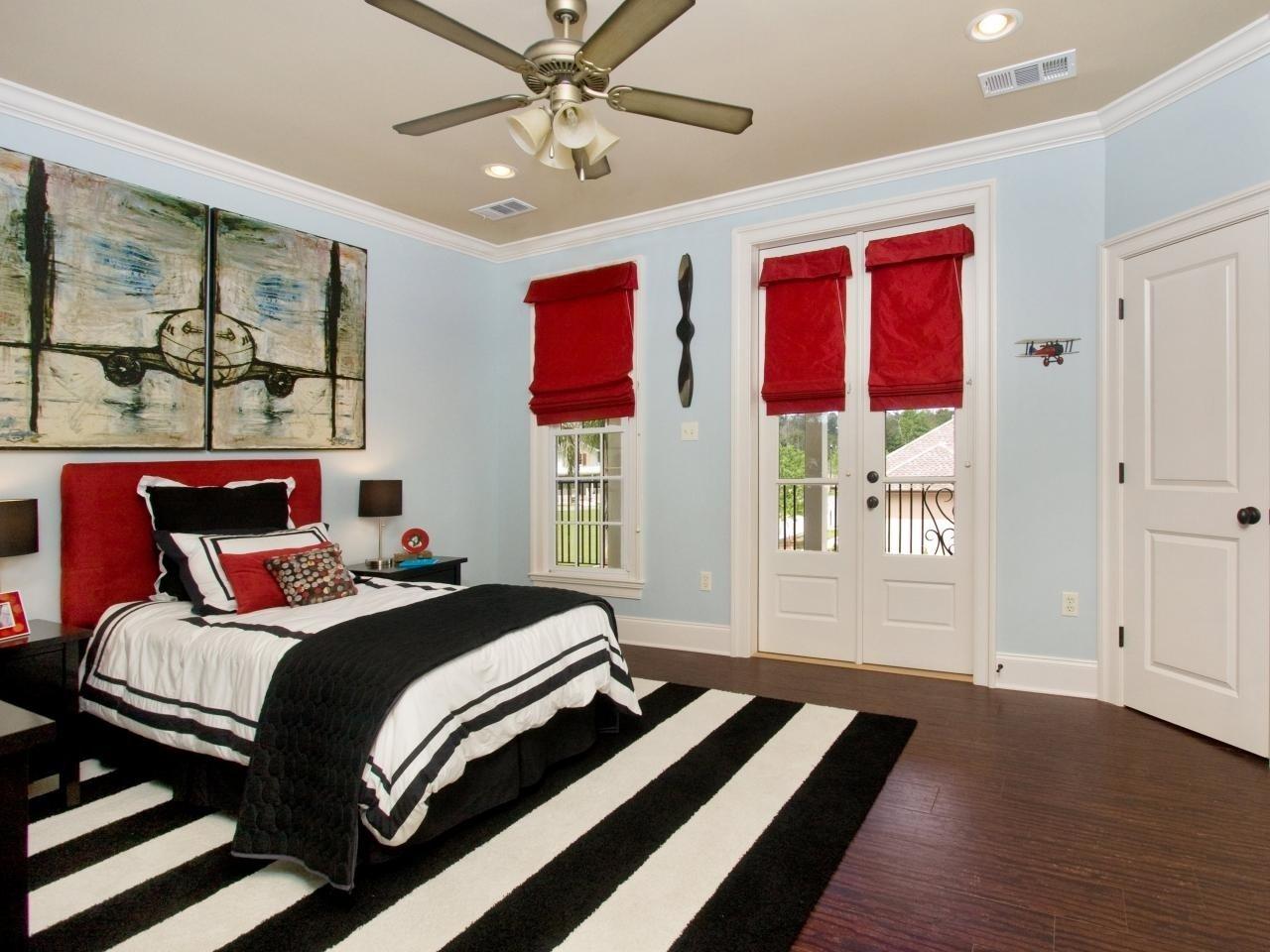 10 Cute Red Black And White Room Ideas brilliant red black and white bedroom accessories 49 in 2020