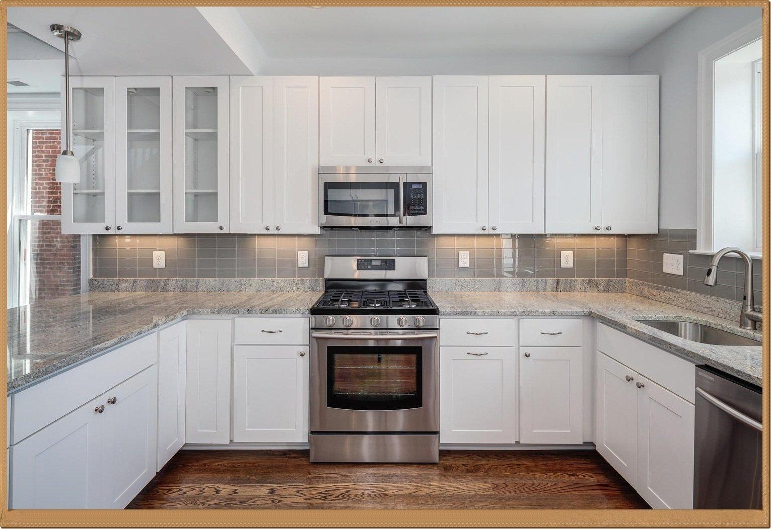 10 Pretty Ideas For Backsplash In Kitchen brilliant white cabinet kitchen ideas 30 white kitchen backsplash 2 2021