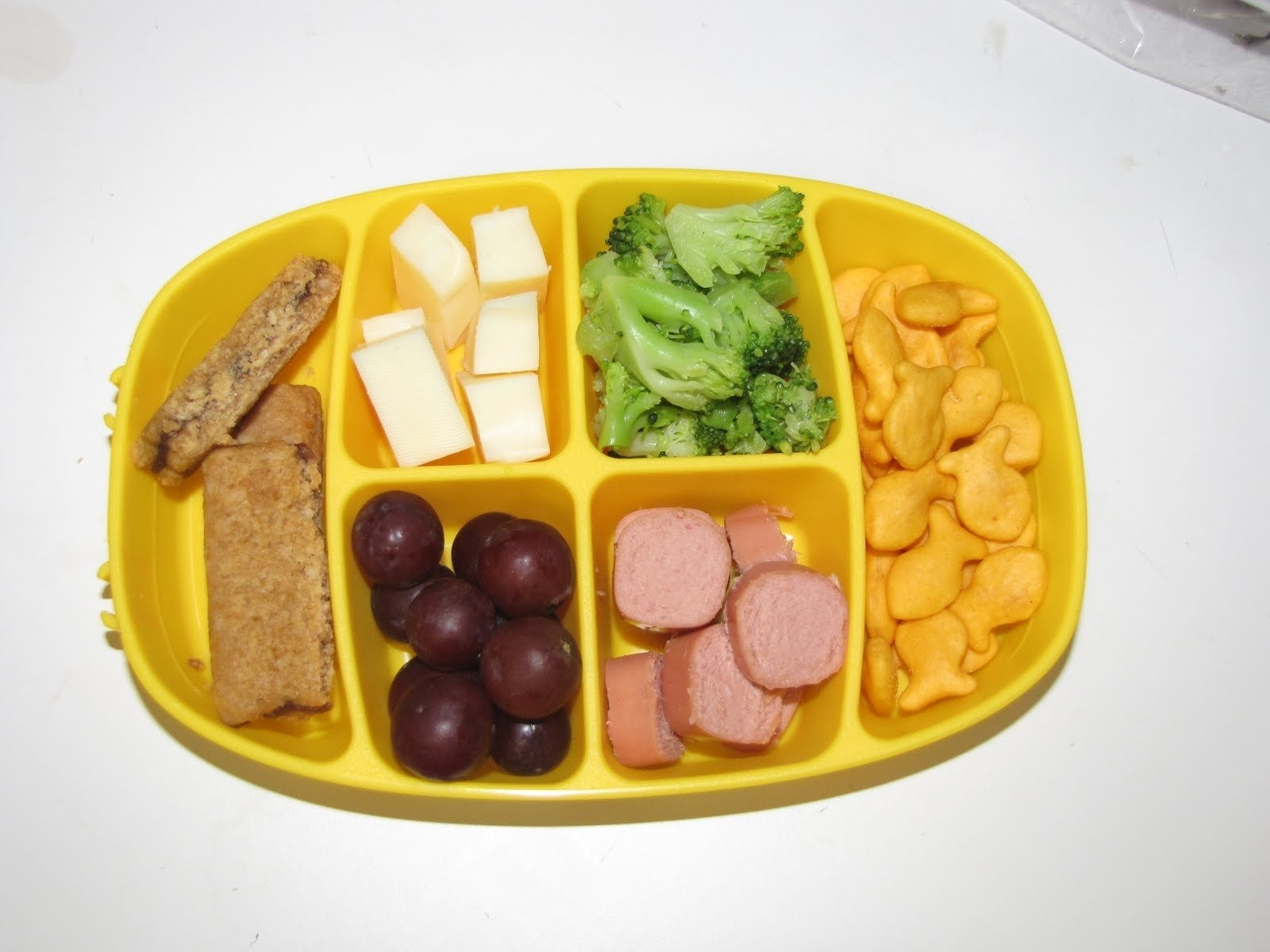 building rainbows: toddler lunch ideas