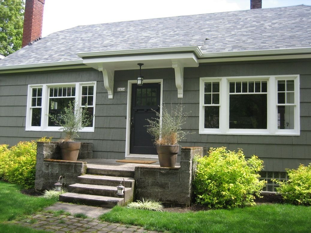 10 Lovable Benjamin Moore Exterior Paint Ideas bungalow exterior paint color benjamin moore sharkskin would look 1 2021