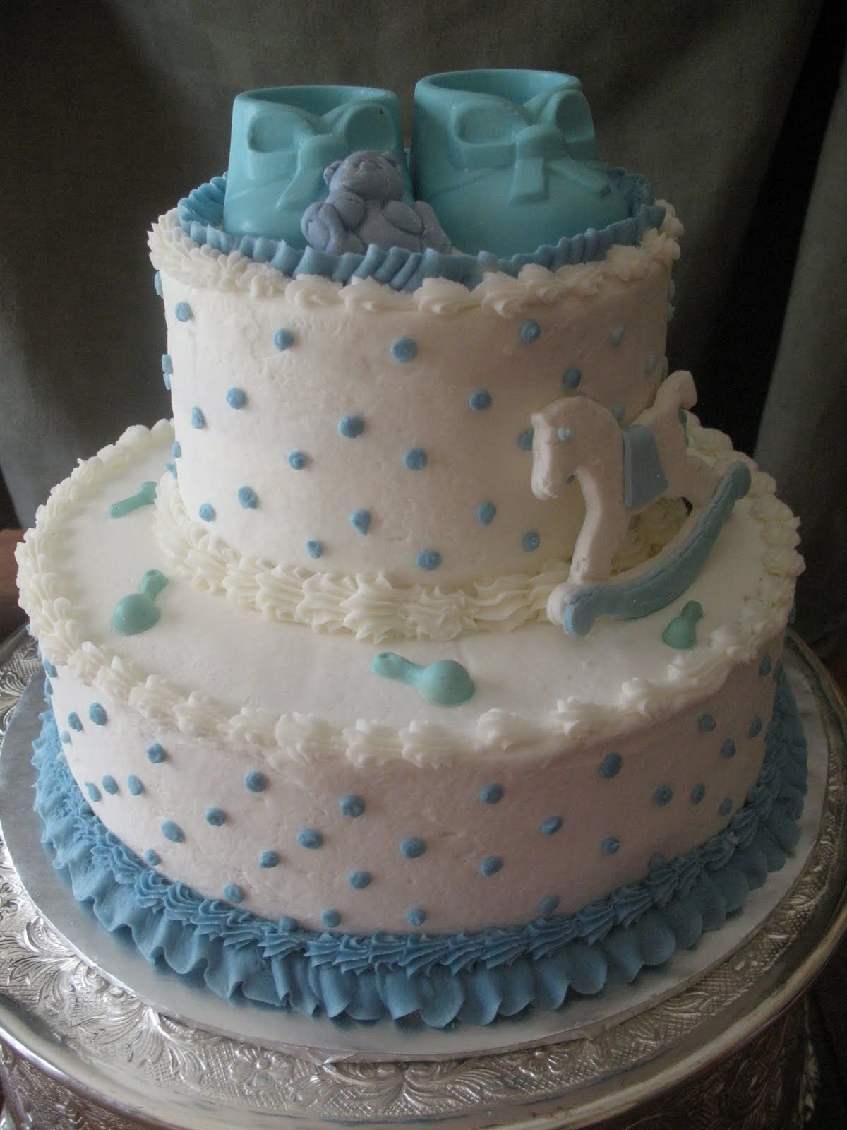 10 Awesome Baby Boy Shower Cake Ideas buttercream baby shower cakes this baby shower cake was an almond 1