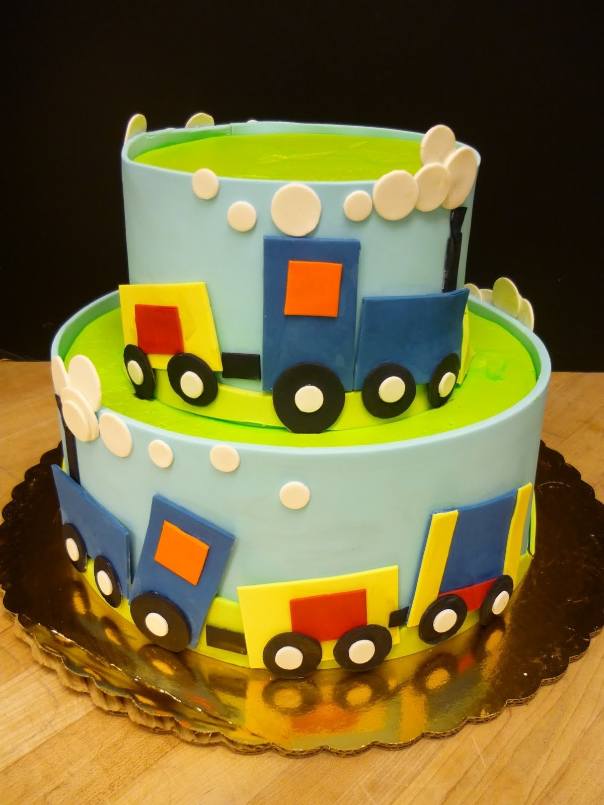 10 Amazing 2 Year Old Birthday Cake Ideas For 15 Boy