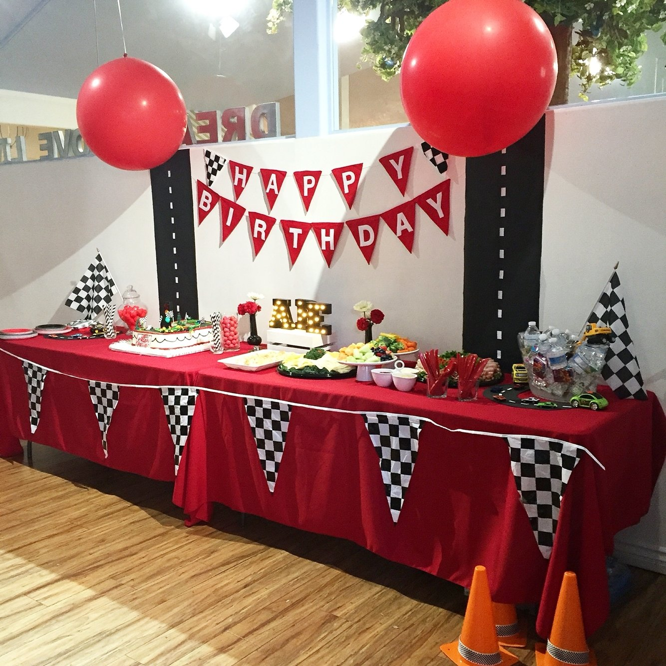 cars party table decor | disney cars theme! | pinterest | cars