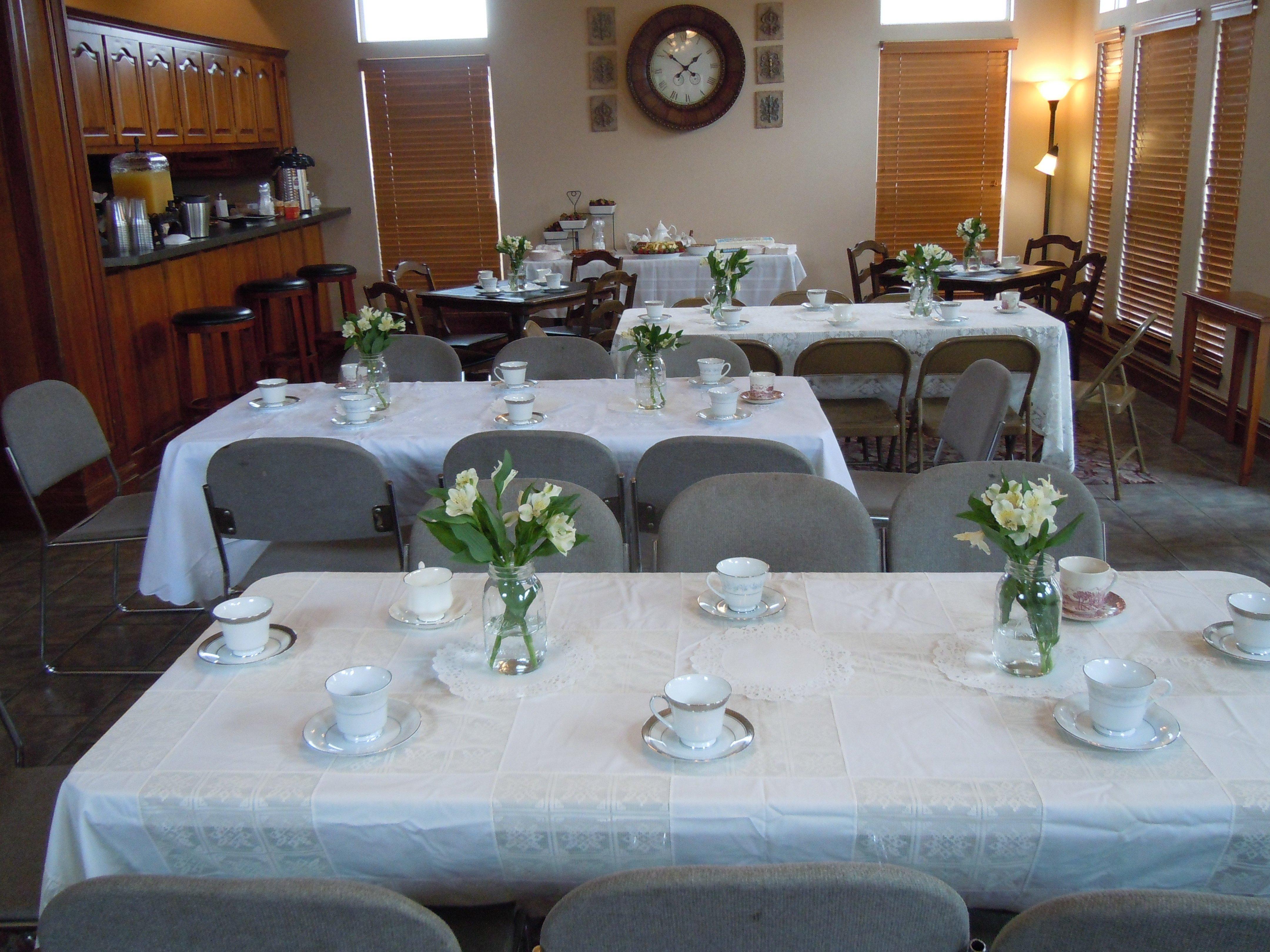10 Beautiful Birthday Dinner Ideas For Mom celebration 4 moms 60th birthday life through my eyes
