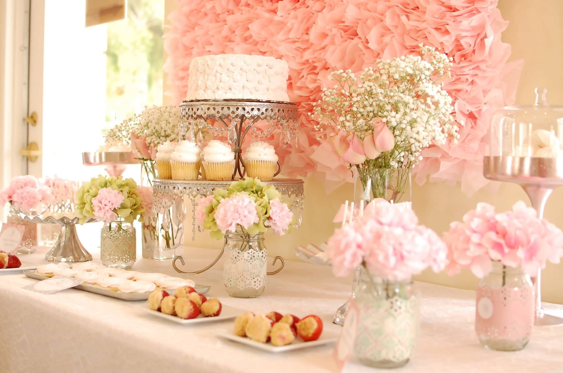 10 Attractive Bridal Shower Ideas On A Budget cheap bridal shower decorations ideas elitflat 2020