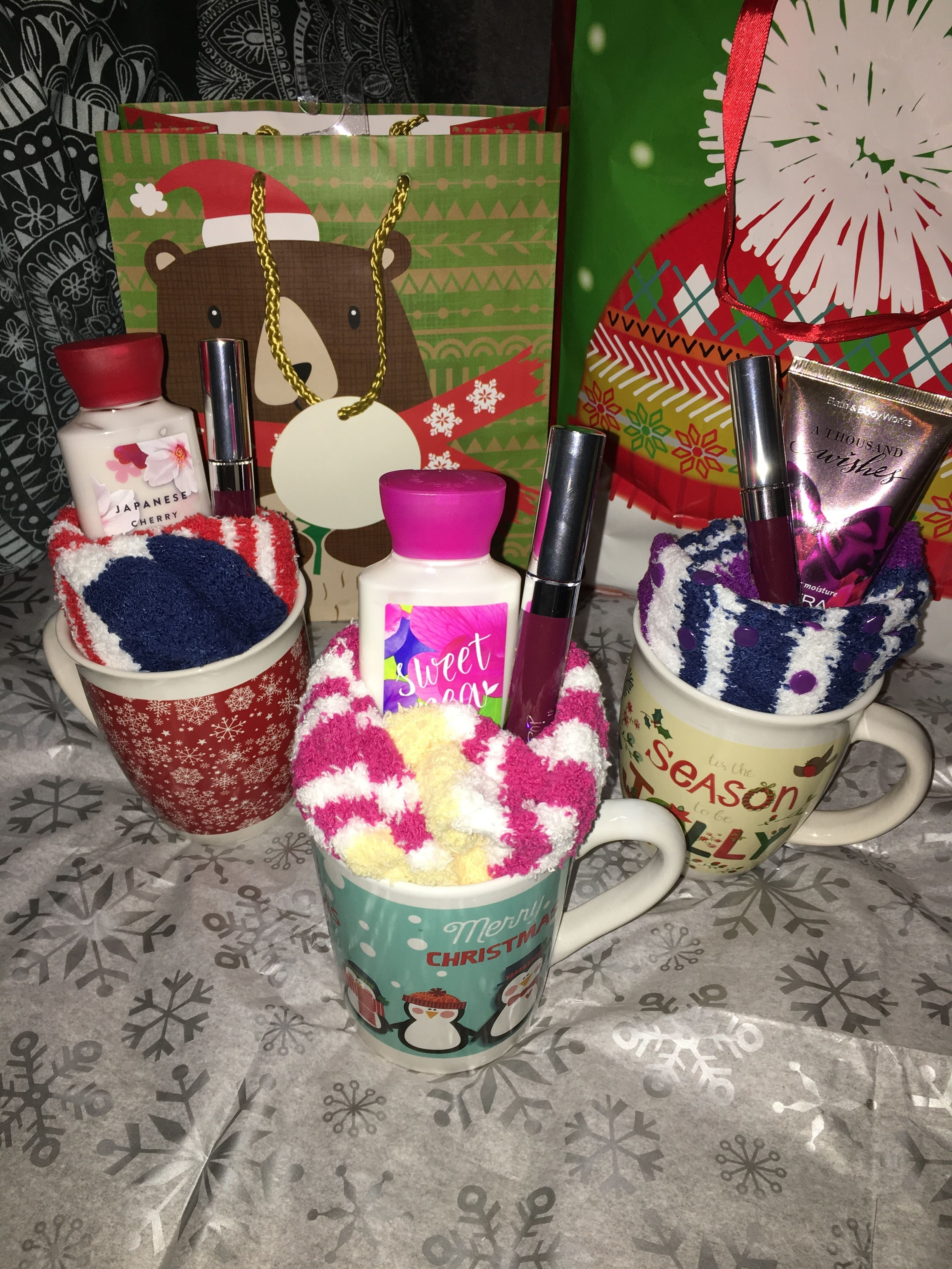 10 Attractive Cheap Gift Ideas For Coworkers cheap gifts for roommates friends under 10 i love christmas and 1